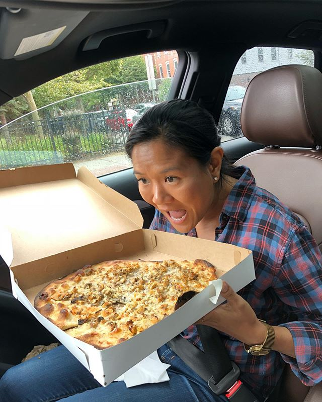 My bean was happy as a Pepe's Clam Pizza for her ghost-fueled birthday adventure - from the @evergreeninntavern to #captaingrant1754 to @whitehallcemetery to @captdpi - we came, we ate, we were scared. #ghostsarereal #mysticpizza #woodburyct #scaredbeans @spicermansion