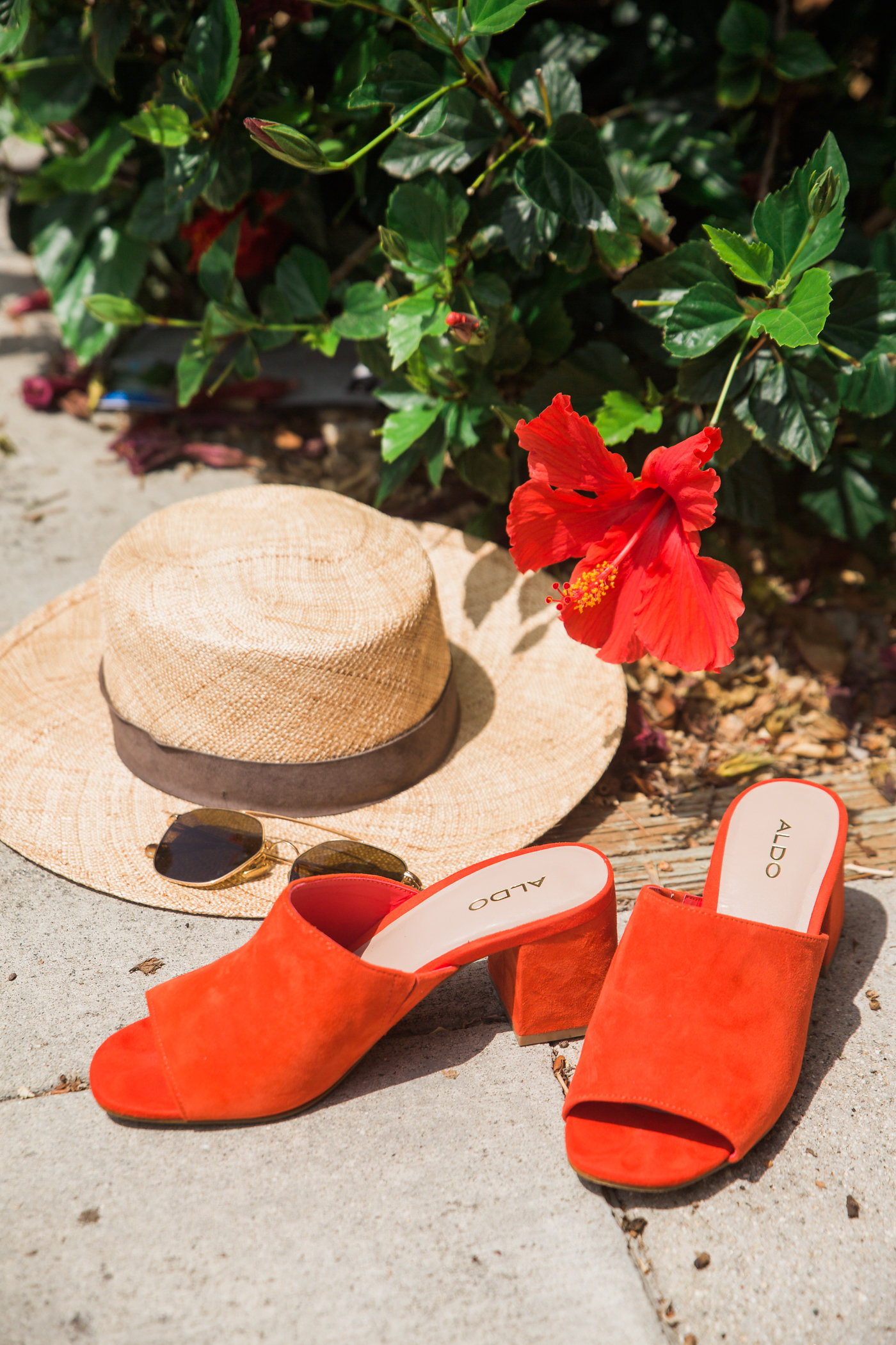 summer slides, how to wear red shoes, DSW shoe shopping