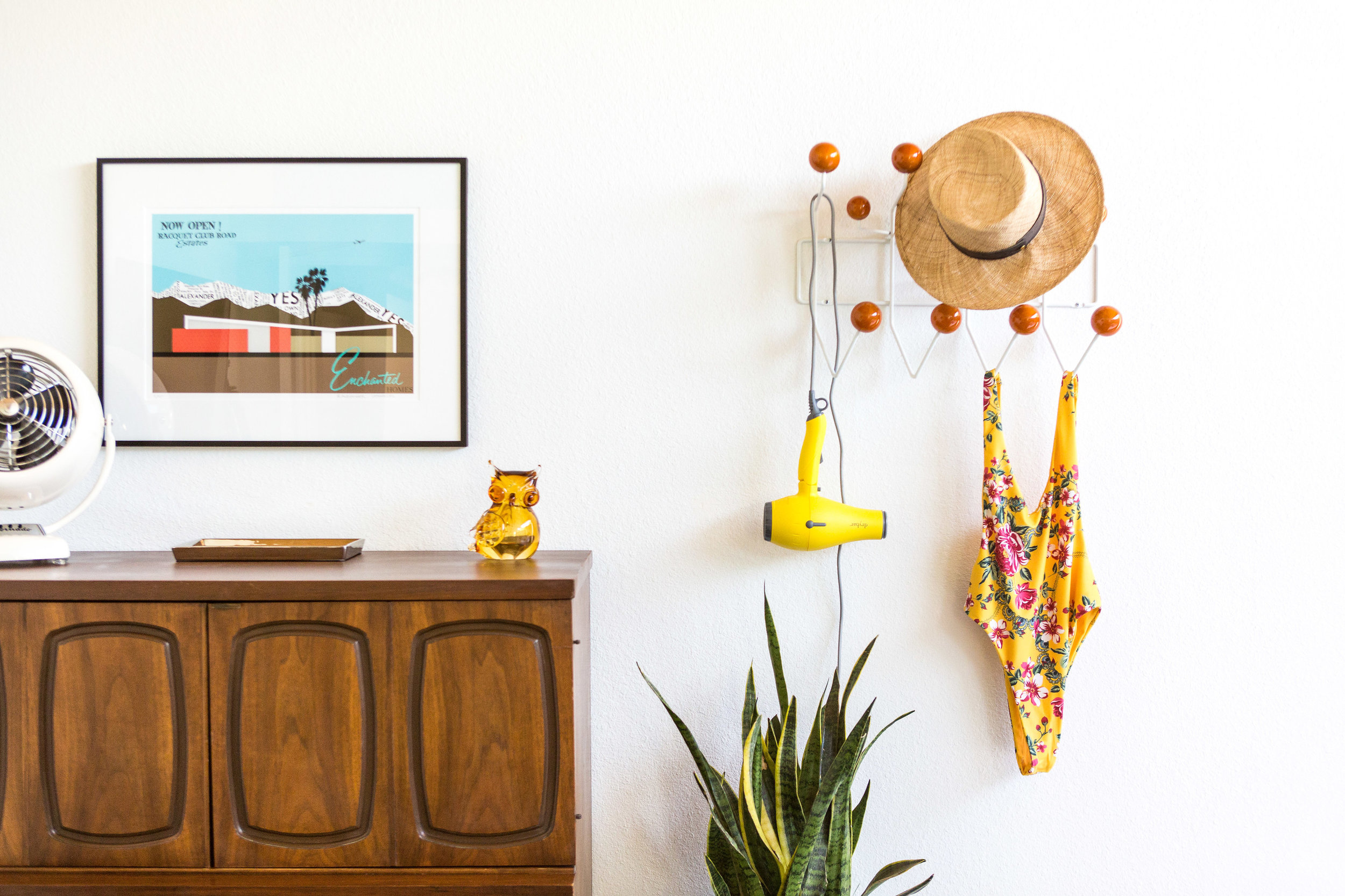 where to stay in palm springs, mellow yellow butterfly house