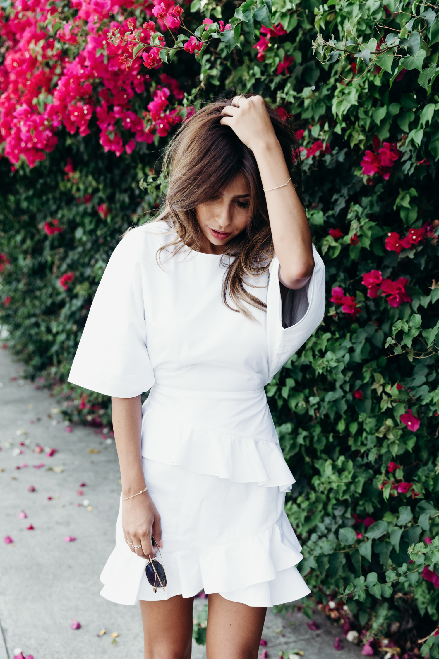 how to wear white dress in summer, fame and partners dress