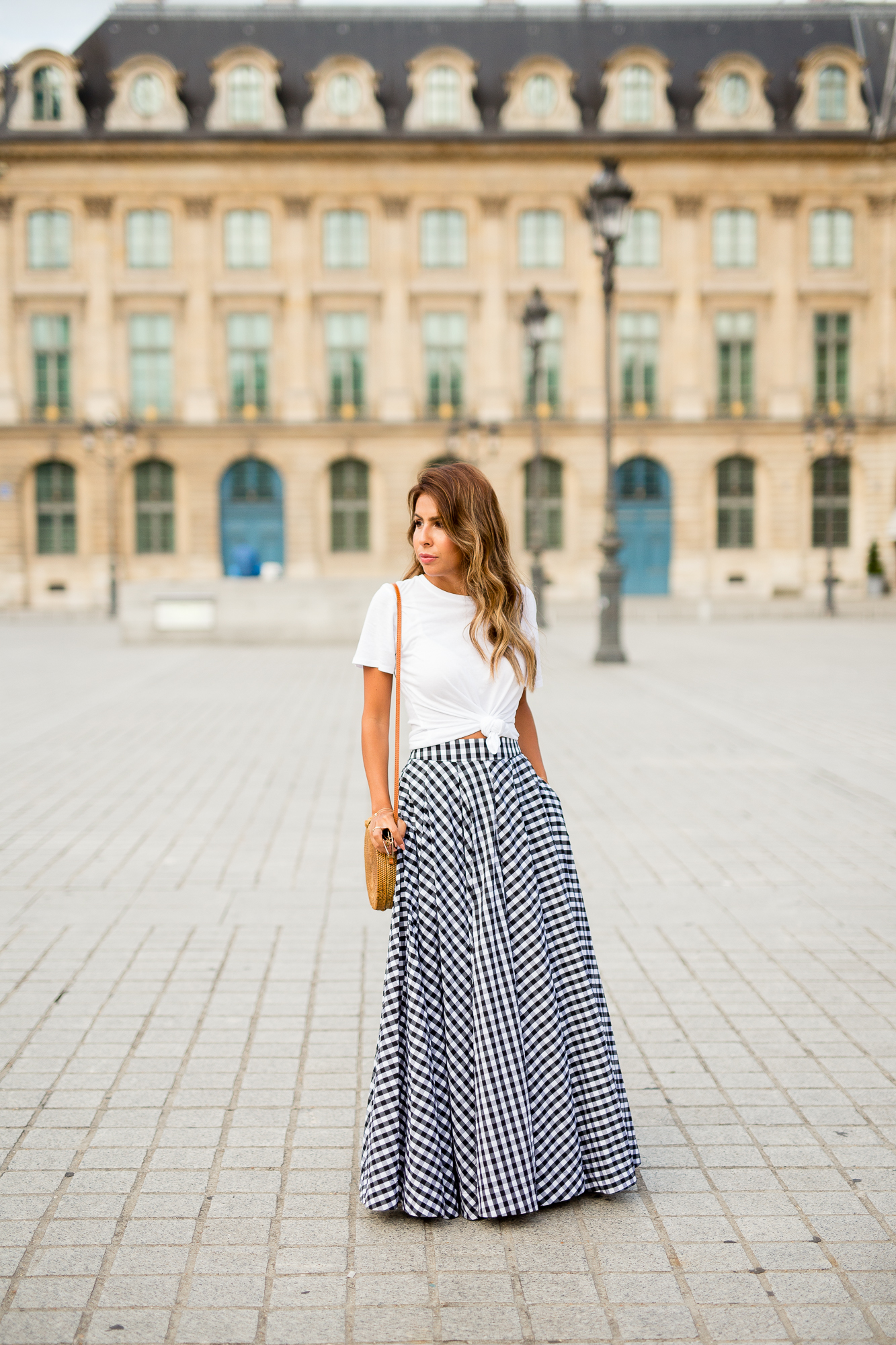 how to style gingham, maxi skirt with cotton tee, Paris outfit, Everyay Pursuits wearing Fame + Partners