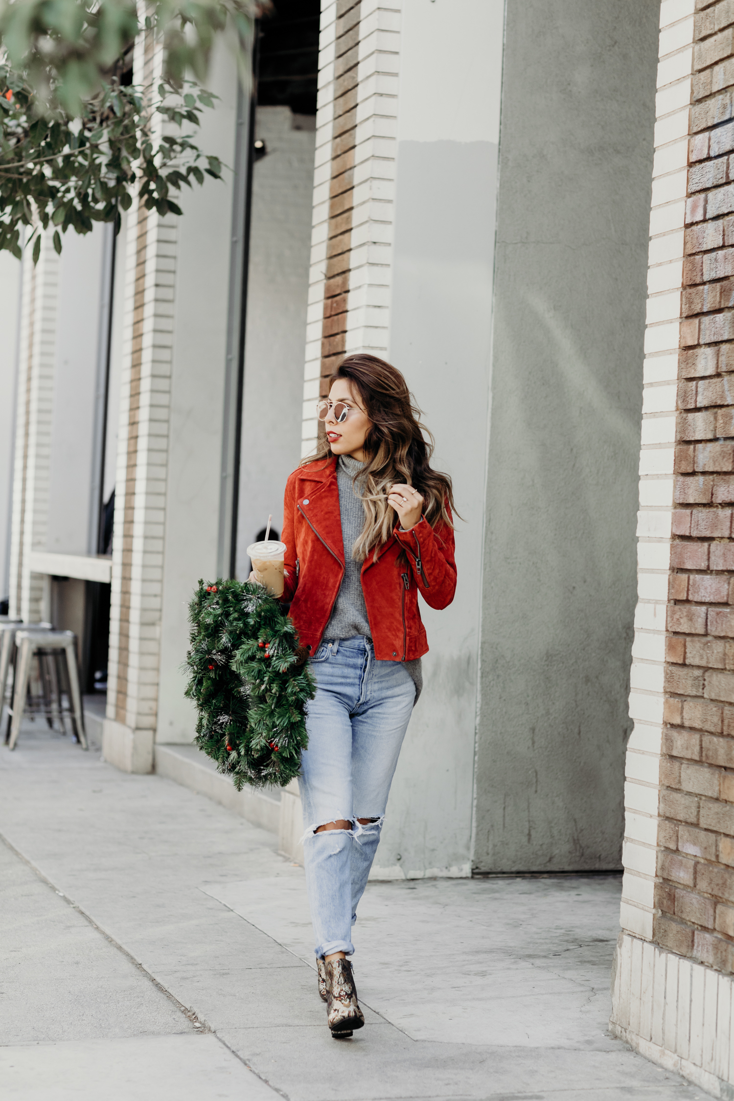 holiday outfit ideas, casual los angeles holiday, red jacket outfits