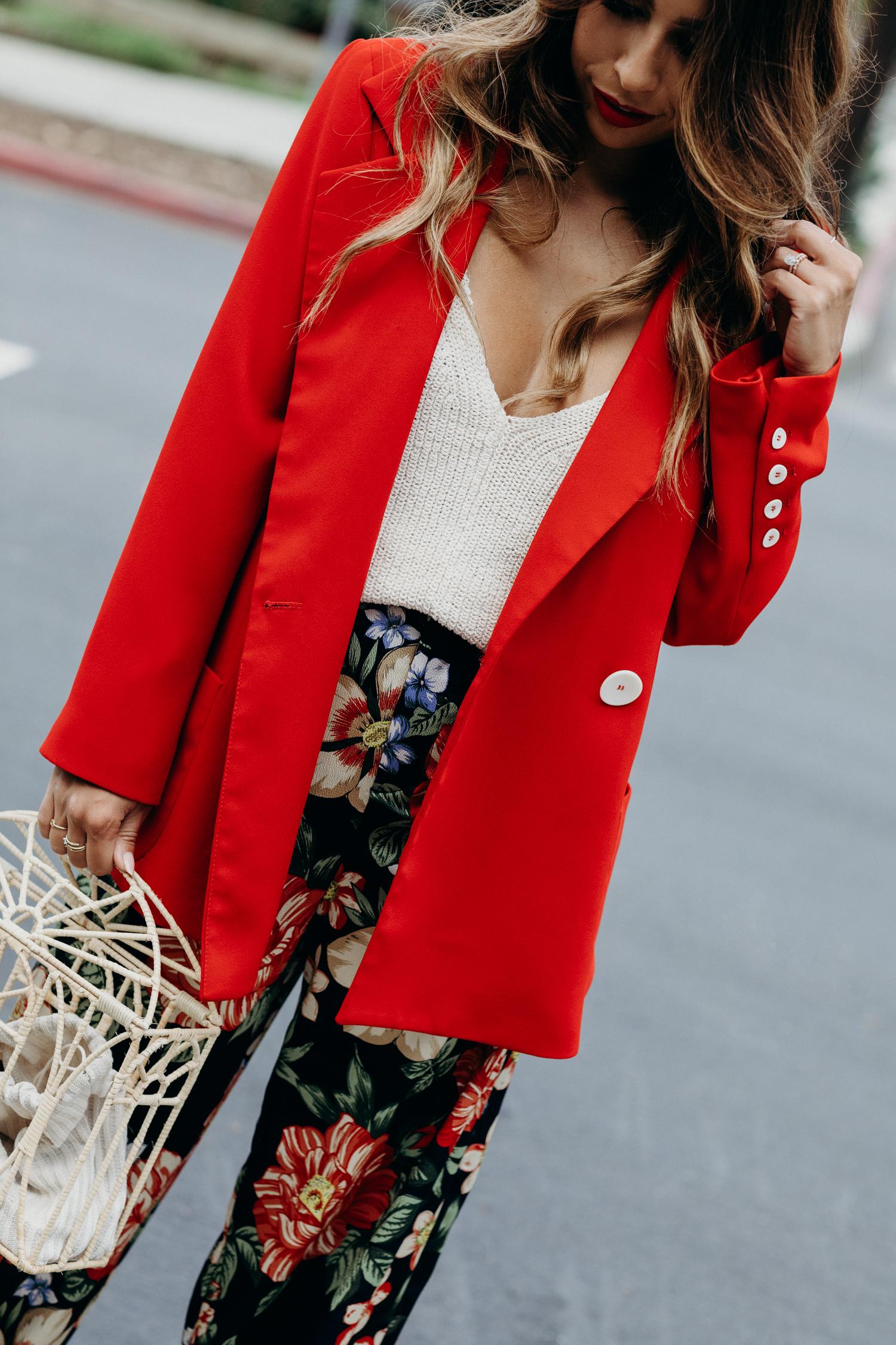 How to Wear a Red Blazer, Dove Dry Spray Campaign