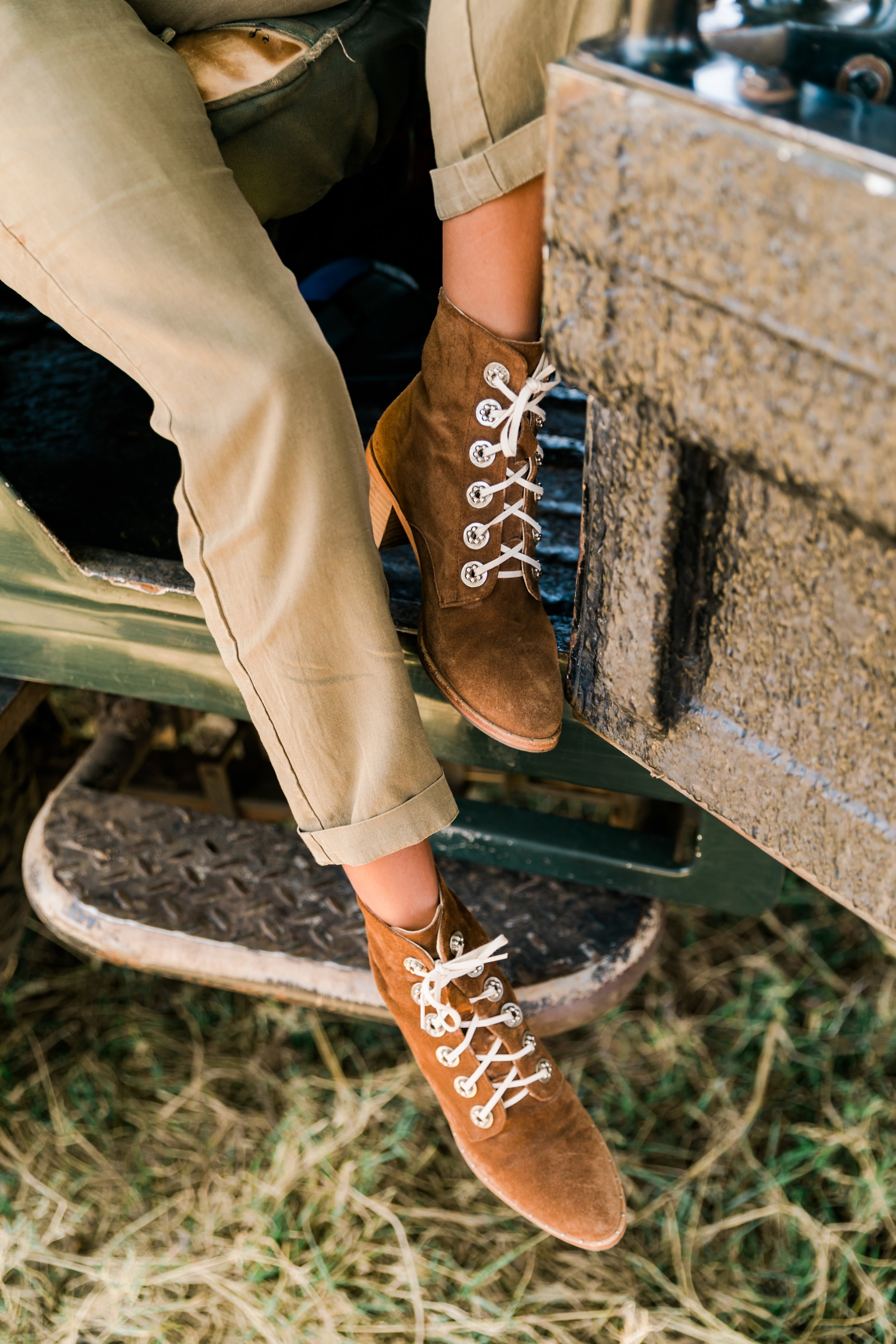 Freda Salvador Boots - What to Wear on Safari - Ph. Valorie Darling
