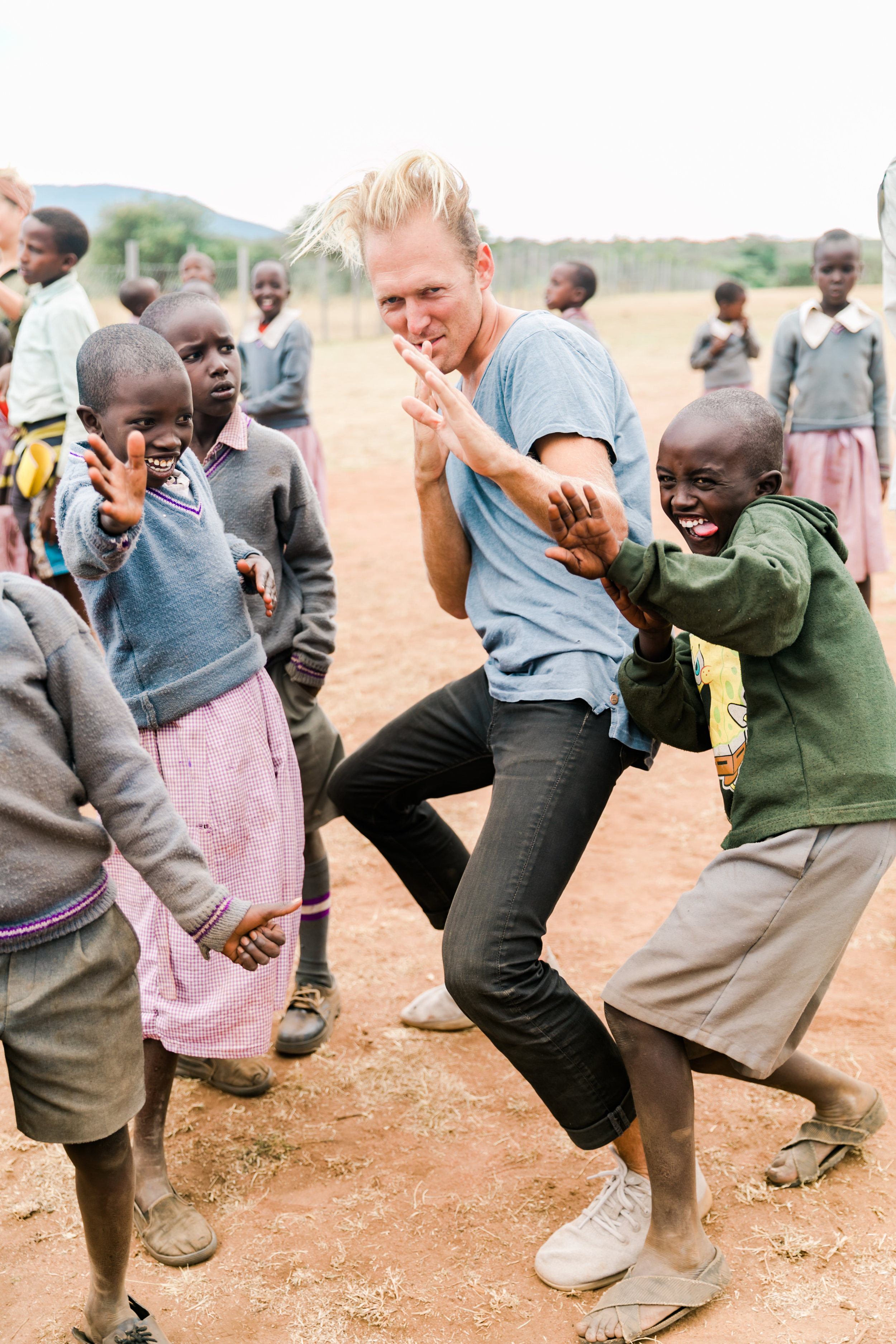 Playing with school kids in Maasai Mara - Ph. Valorie Darling