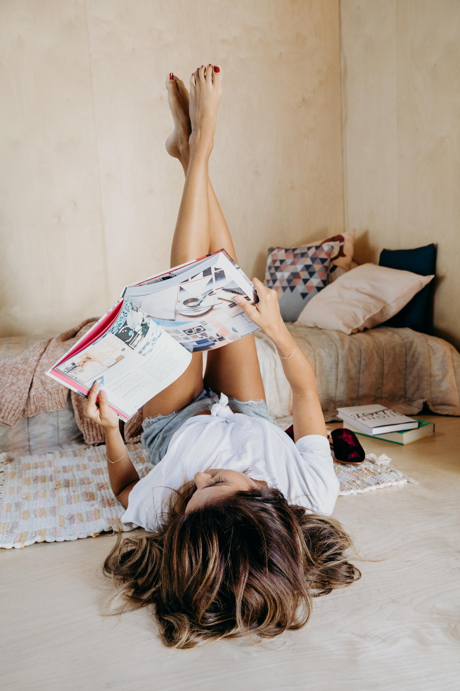 Popular Books for 20 - 30 yr old Women: Taylor Jenkins Reid + Shari Lapena