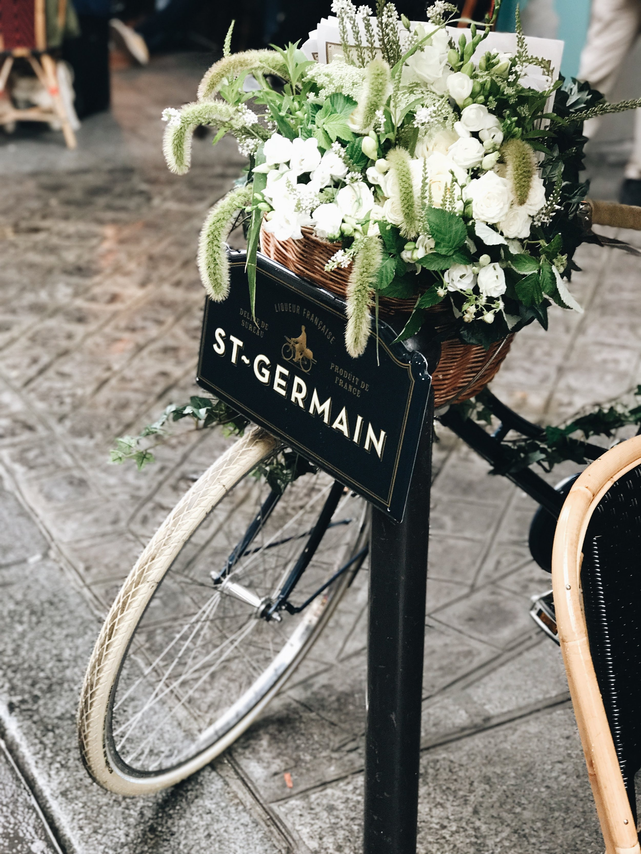 Bike with flowers in Paris
