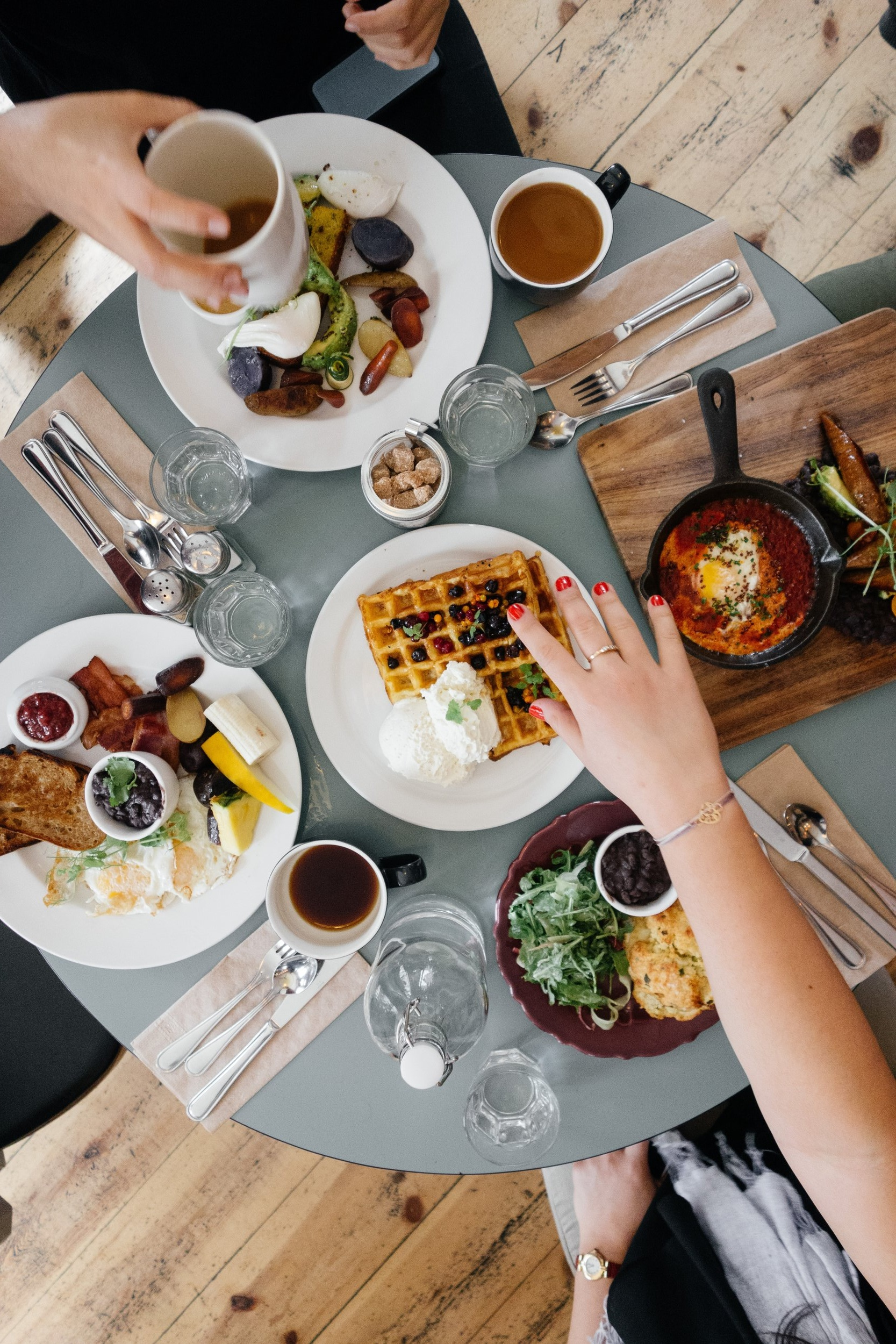 LOCAL GUIDE: THE BEST VENICE + SANTA MONICA RESTAURANTS -