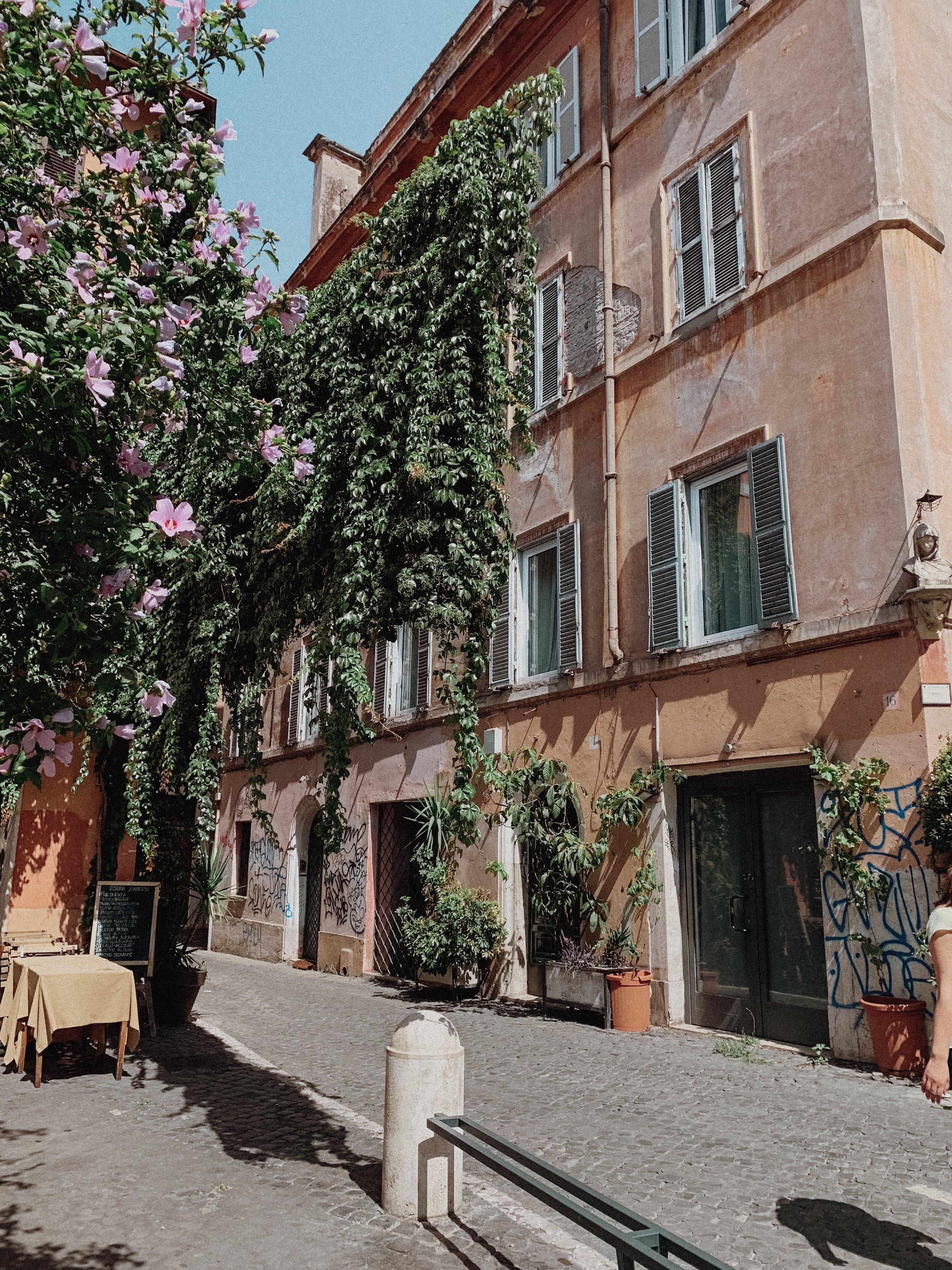 Trestevere Rome - Best Airbnbs