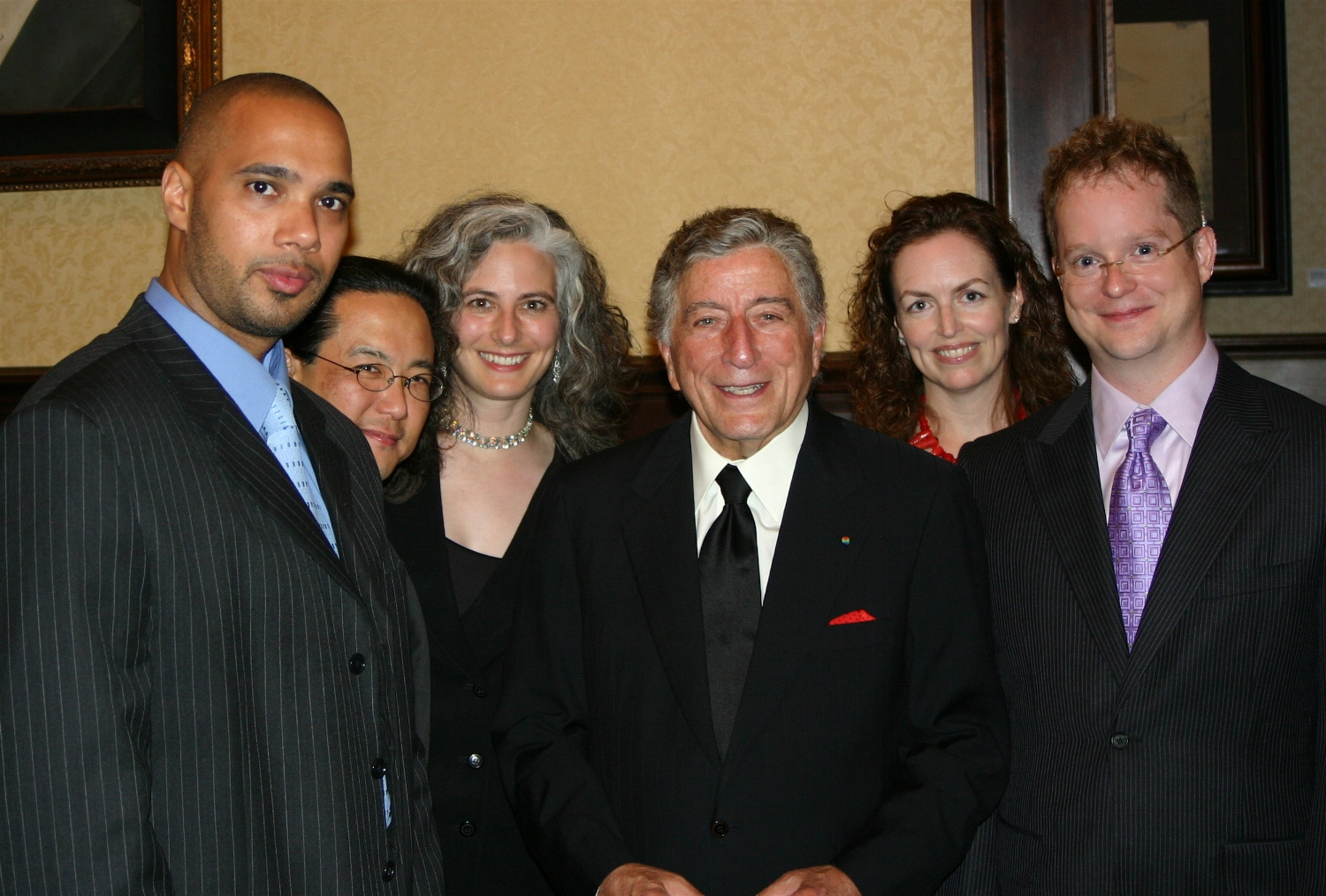 Tony Bennett paid a visit to his opening act, the Chuck Lazarus Quartet. Bassist Jeffrey Bailey, drummer Craig Hara, pianist Mary Louise Knutson, Tony Bennett, Lazarus' manager Mele Willis, and trumpeter Chuck Lazarus.