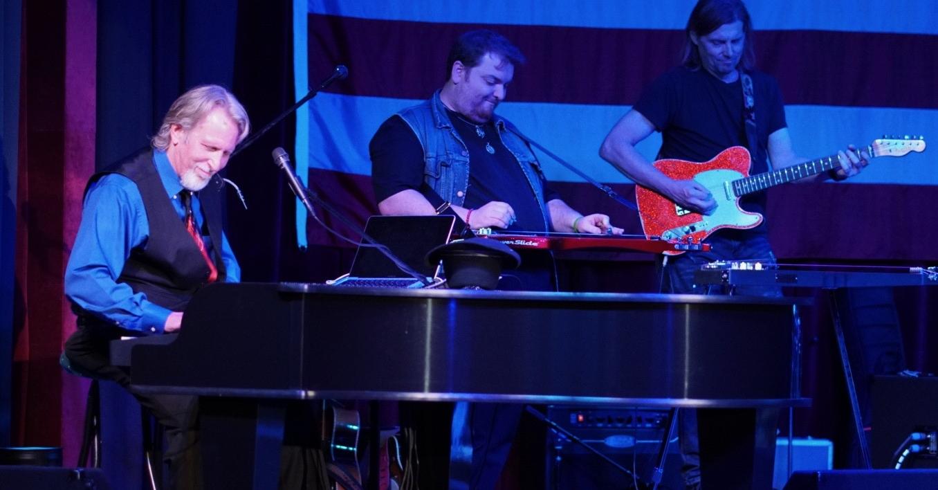 Mark Oliverius & The Music of Nashville®