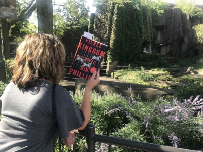 Reading Fierce Kingdom by Gin Phillips at the Lincoln Park Zoo