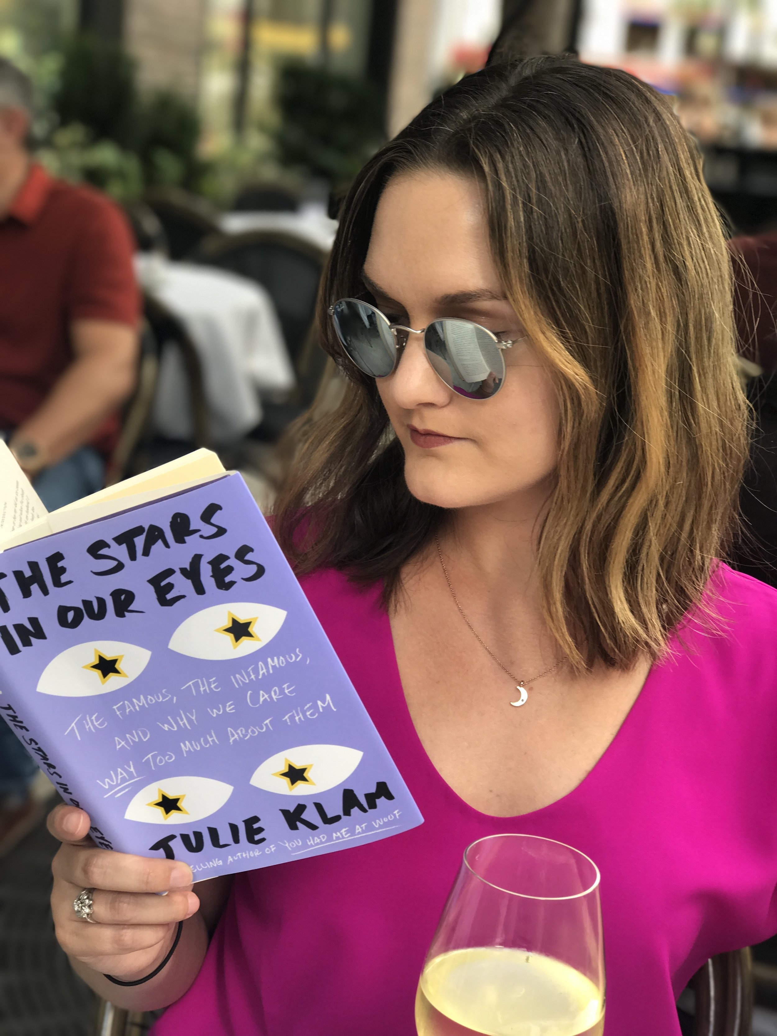 5 Ways All Book-Lovers Should Treat Themselves on 'Treat Yo Self' Day: 2. Read for as long as you want without guilt