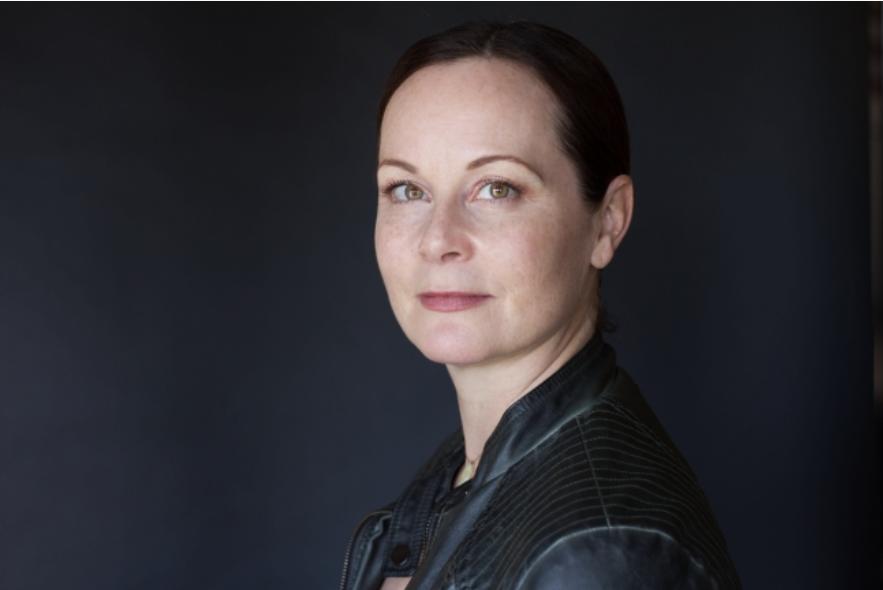 Therese Plummer: Audiobook Narrator