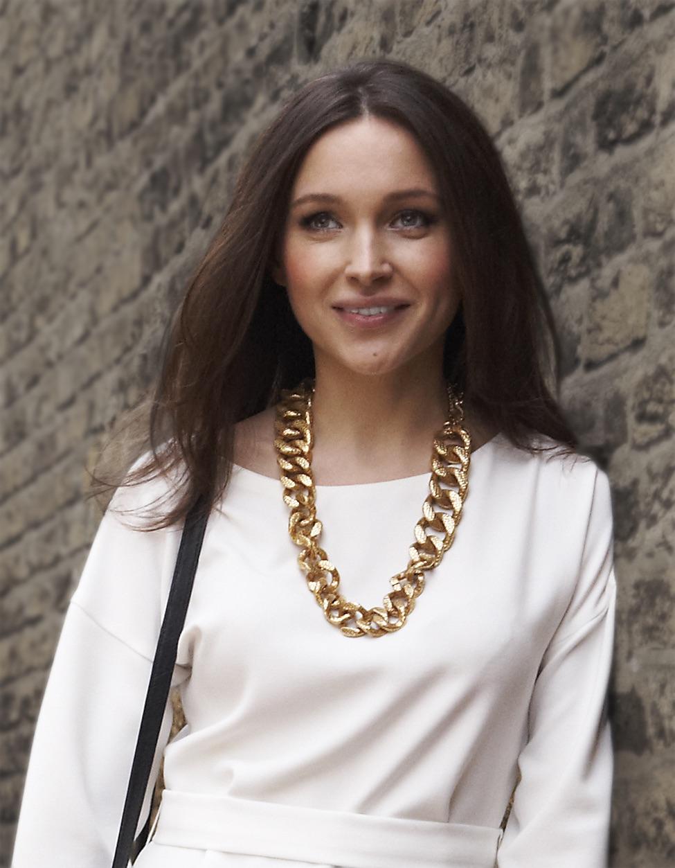 Francesca Hornak - Caroline Bender in The Best Of Everything by Rona Jaffe