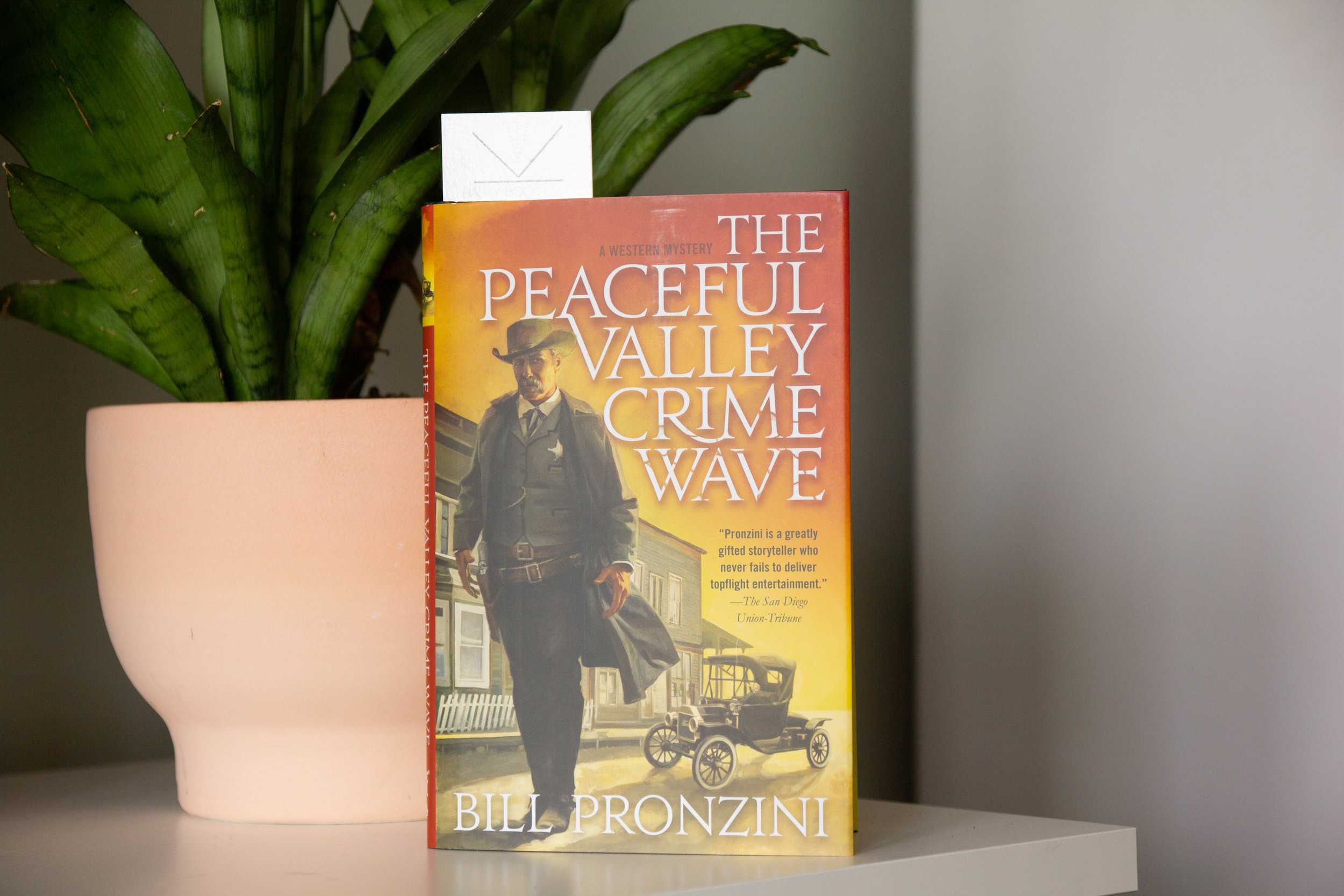 The Peaceful Valley Crime Wave by Bill Pronzini - Bill Pronzini's riveting western mystery, The Peaceful Valley Crime Wave, takes on the modern world with old-fashioned violence--and his Peaceful Valley is anything but…