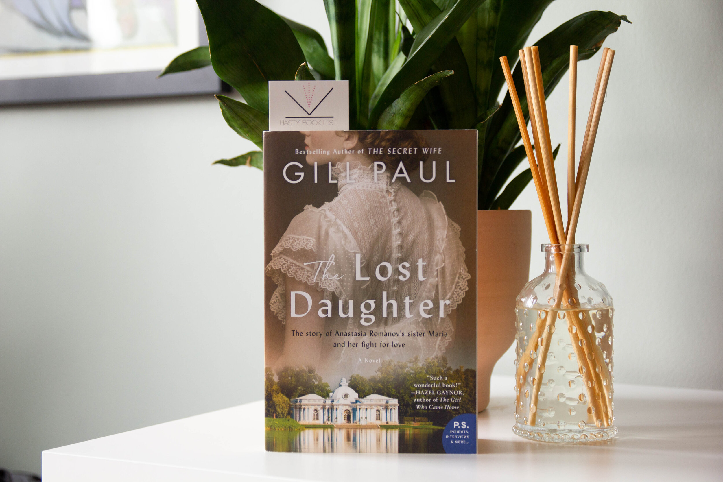 the lost daughter by gill paul-1.jpg