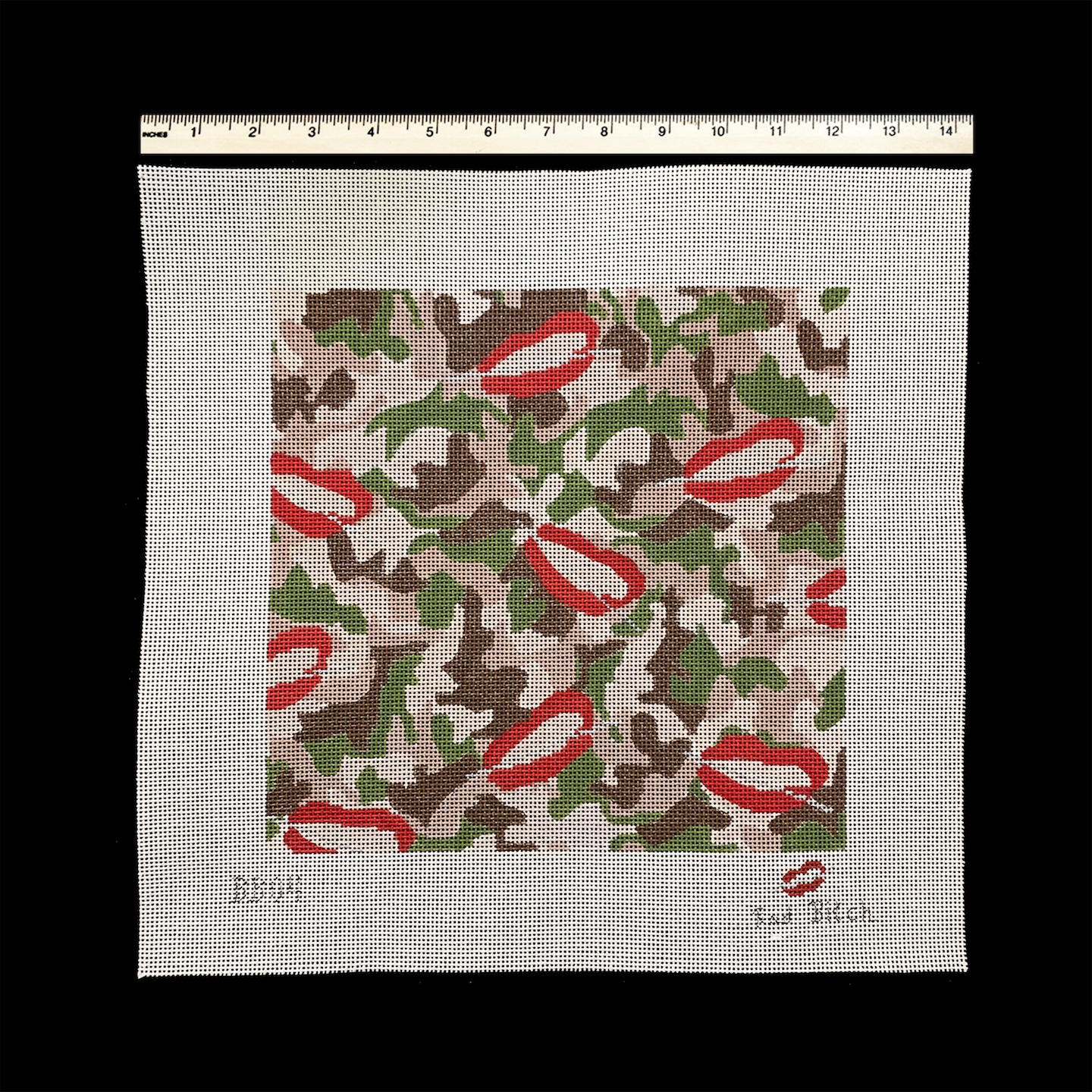 Camo with Bad Bitch Lips and Needle (BB04)
