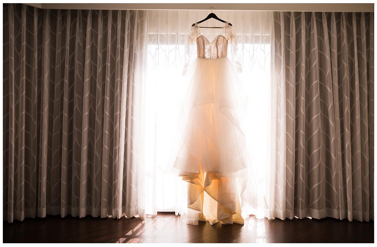 07-Avenue-of-the-Arts-Costa-Mesa-Wedding-Photography.jpg