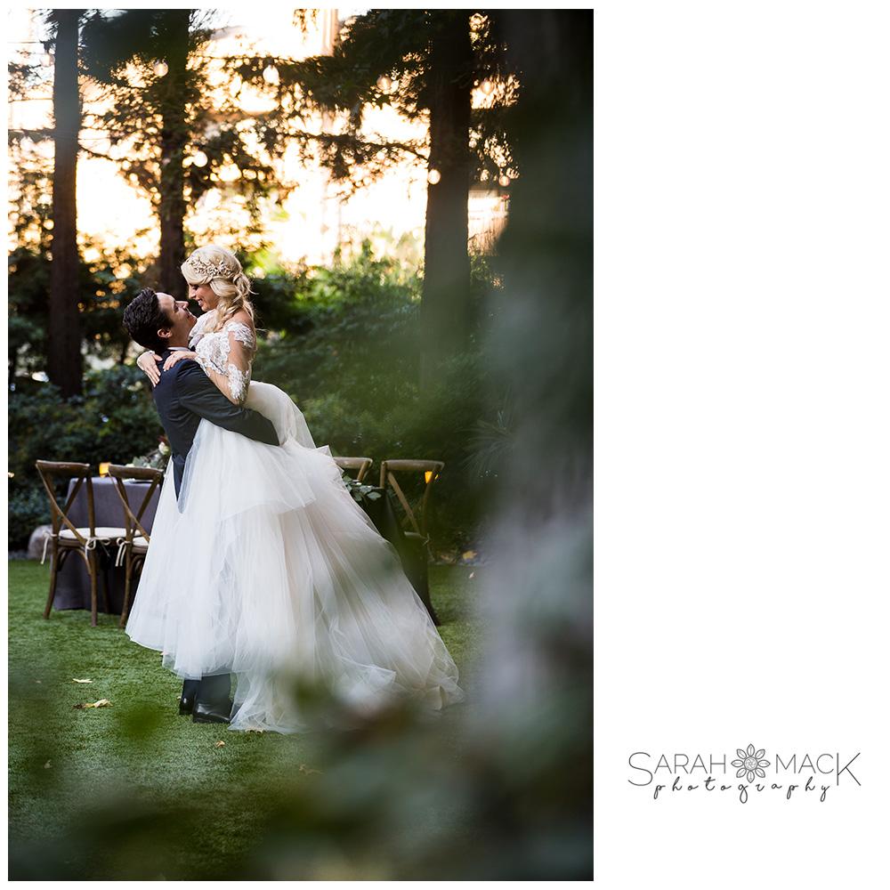26-Avenue-of-the-Arts-Costa-Mesa-Wedding-Photography.jpg