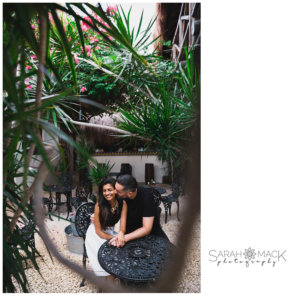 01-Tulum-Mexico-Destination-Engagement-Photography.jpg