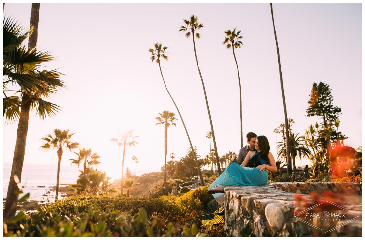 LJ-Laguna-Beach-Engagement-Photography-8.jpg
