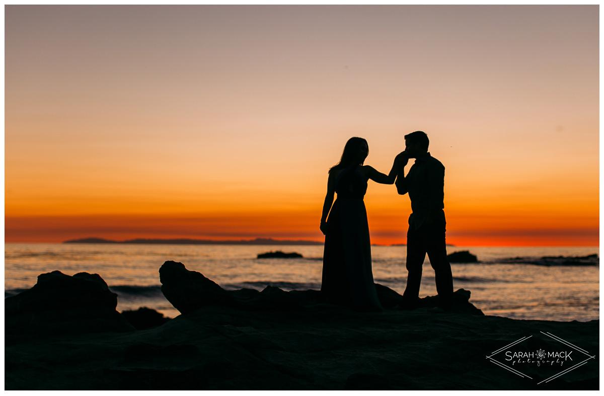 LJ-Laguna-Beach-Engagement-Photography-14.jpg