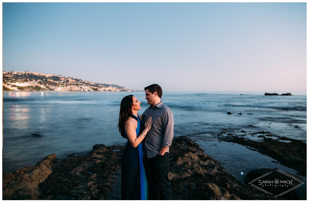 LJ-Laguna-Beach-Engagement-Photography-15.jpg