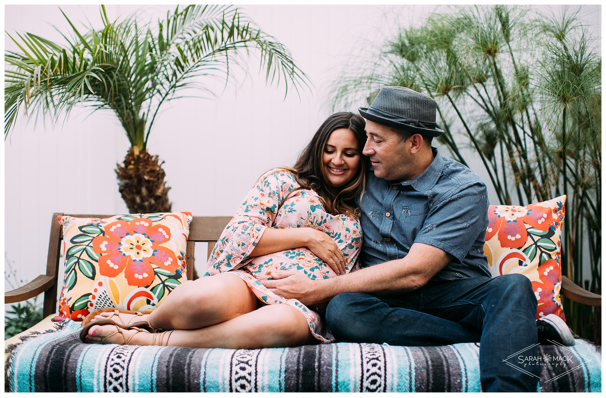 costa-mesa-home-maternity-photography-12.jpg