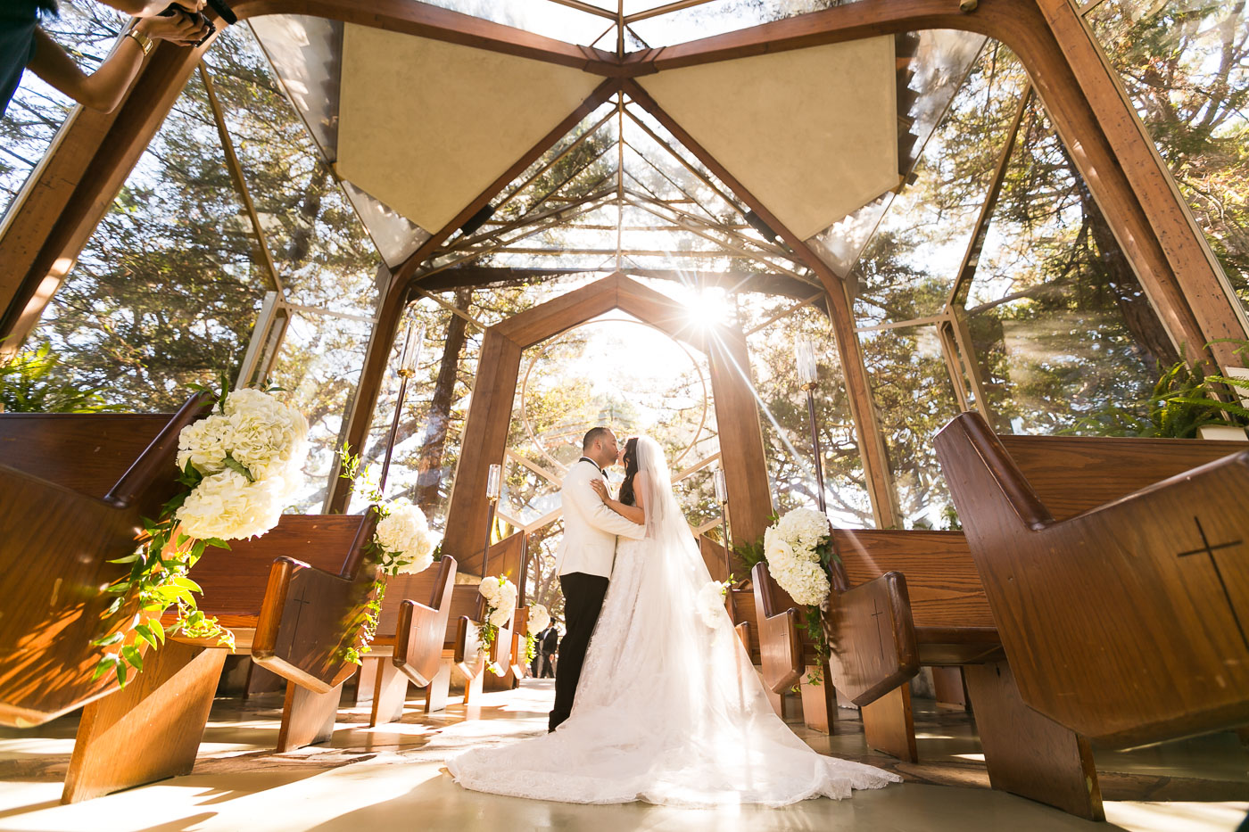 22_Los_Angeles_Wayfarers_Chapel_Wedding_Photography_.jpg