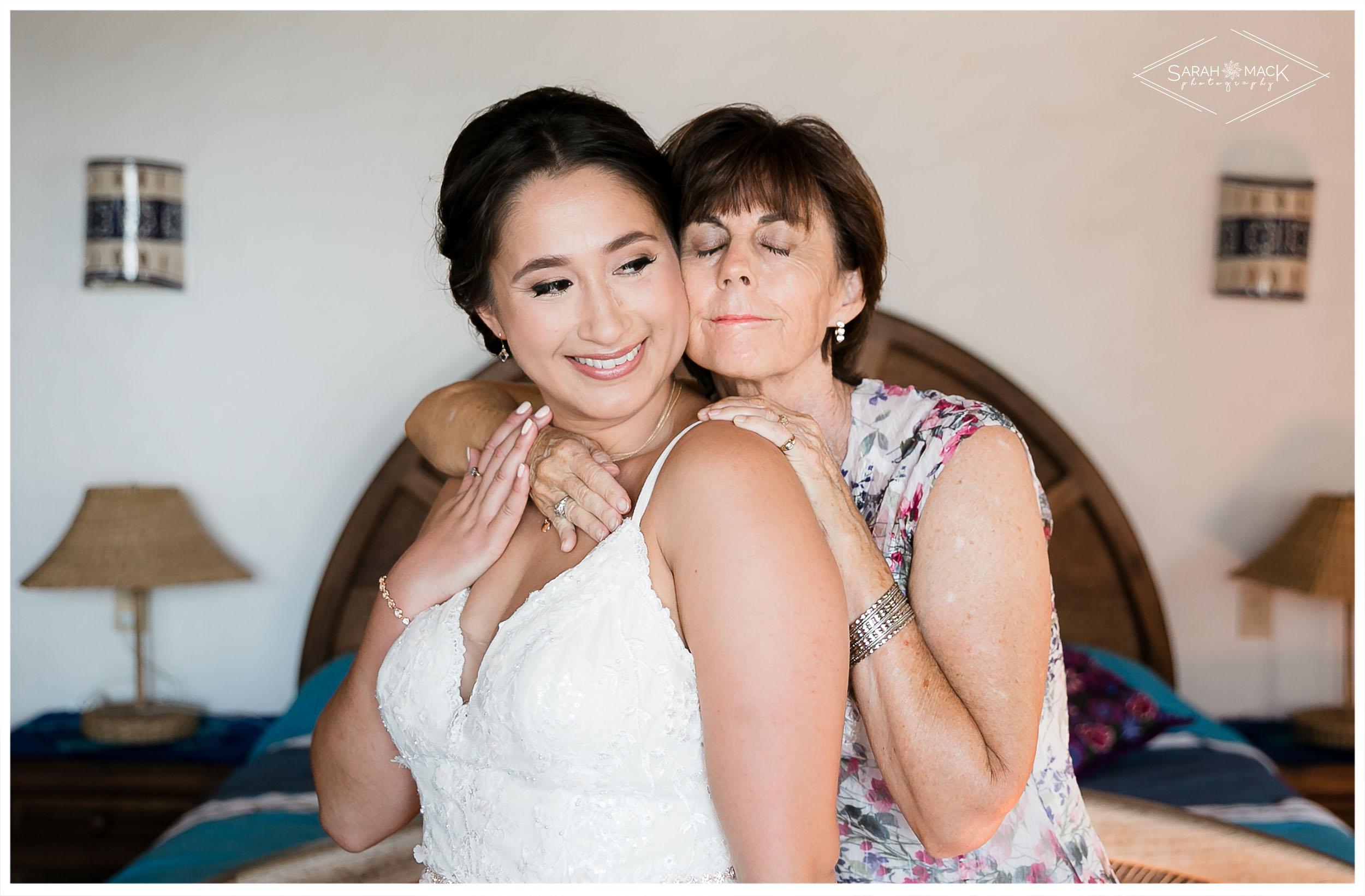 ES-Flor-de-Playa-Sayulita-Wedding-Photography-12.jpg
