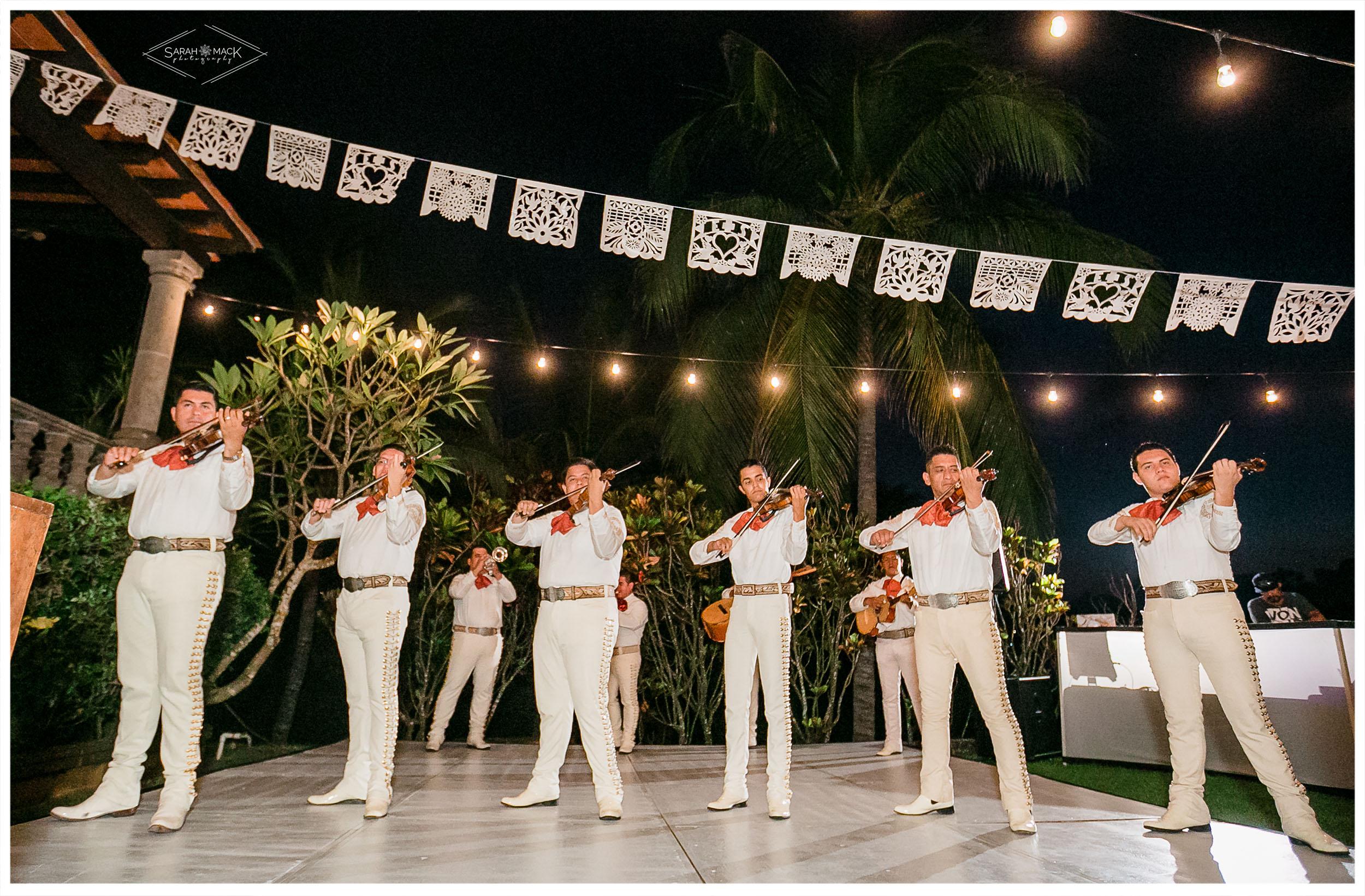 ES-Flor-de-Playa-Sayulita-Wedding-Photography-58.jpg