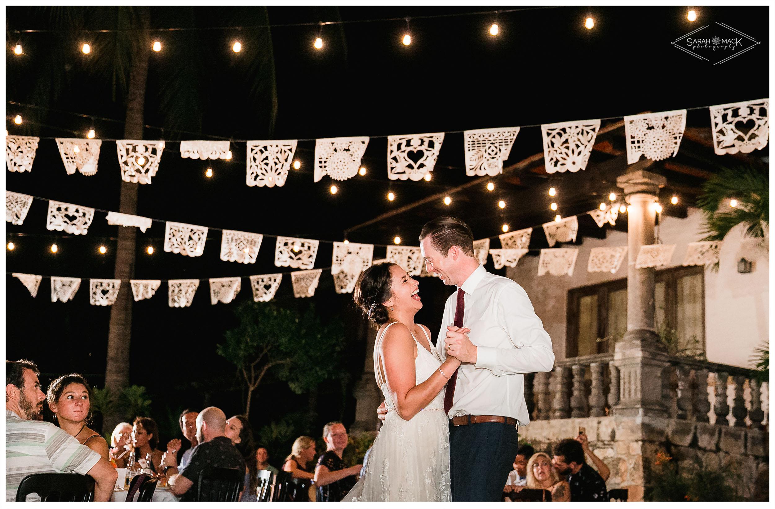 ES-Flor-de-Playa-Sayulita-Wedding-Photography-60.jpg