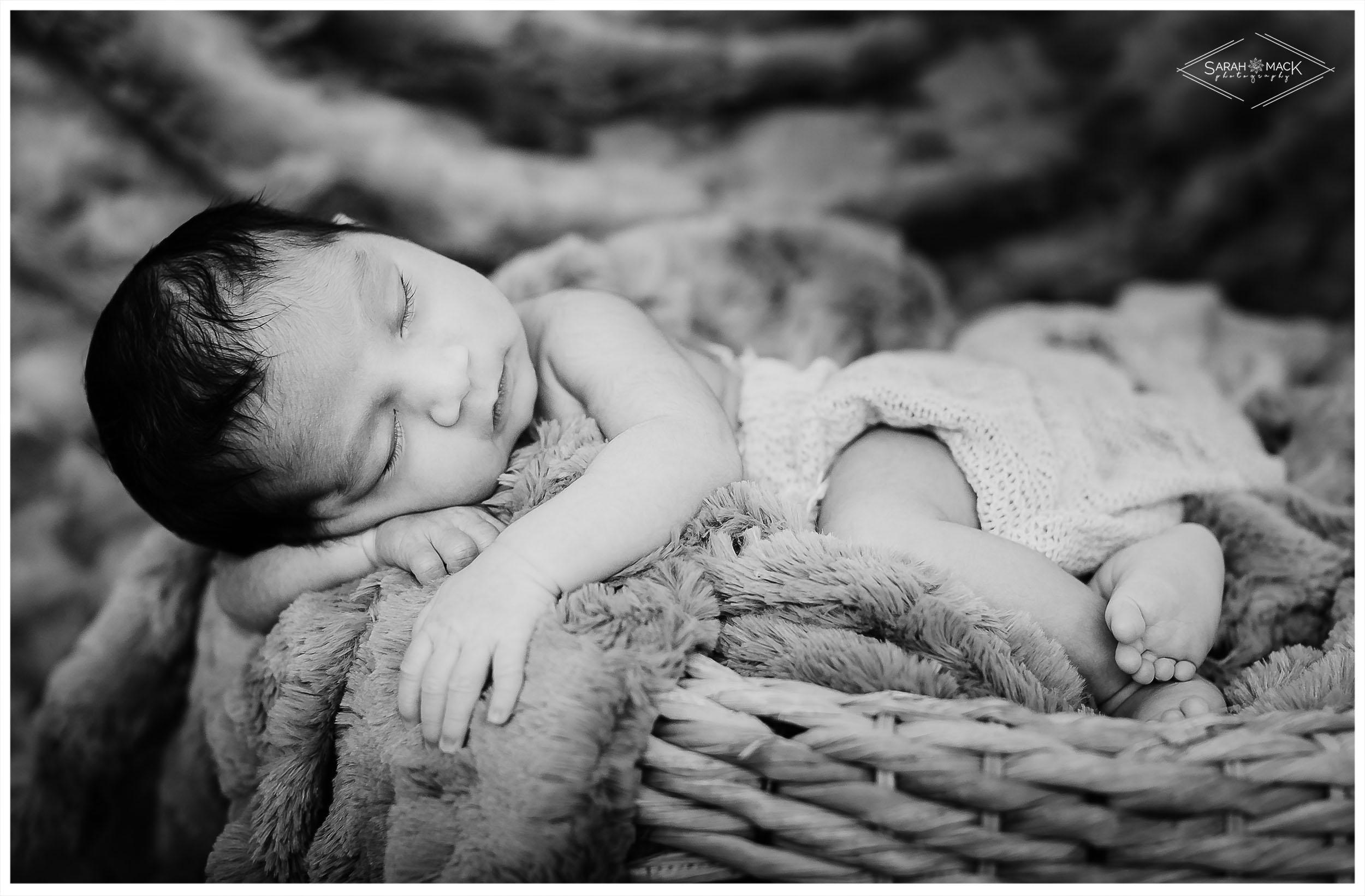 A-Orange-County-Newborn-Photography-6.jpg
