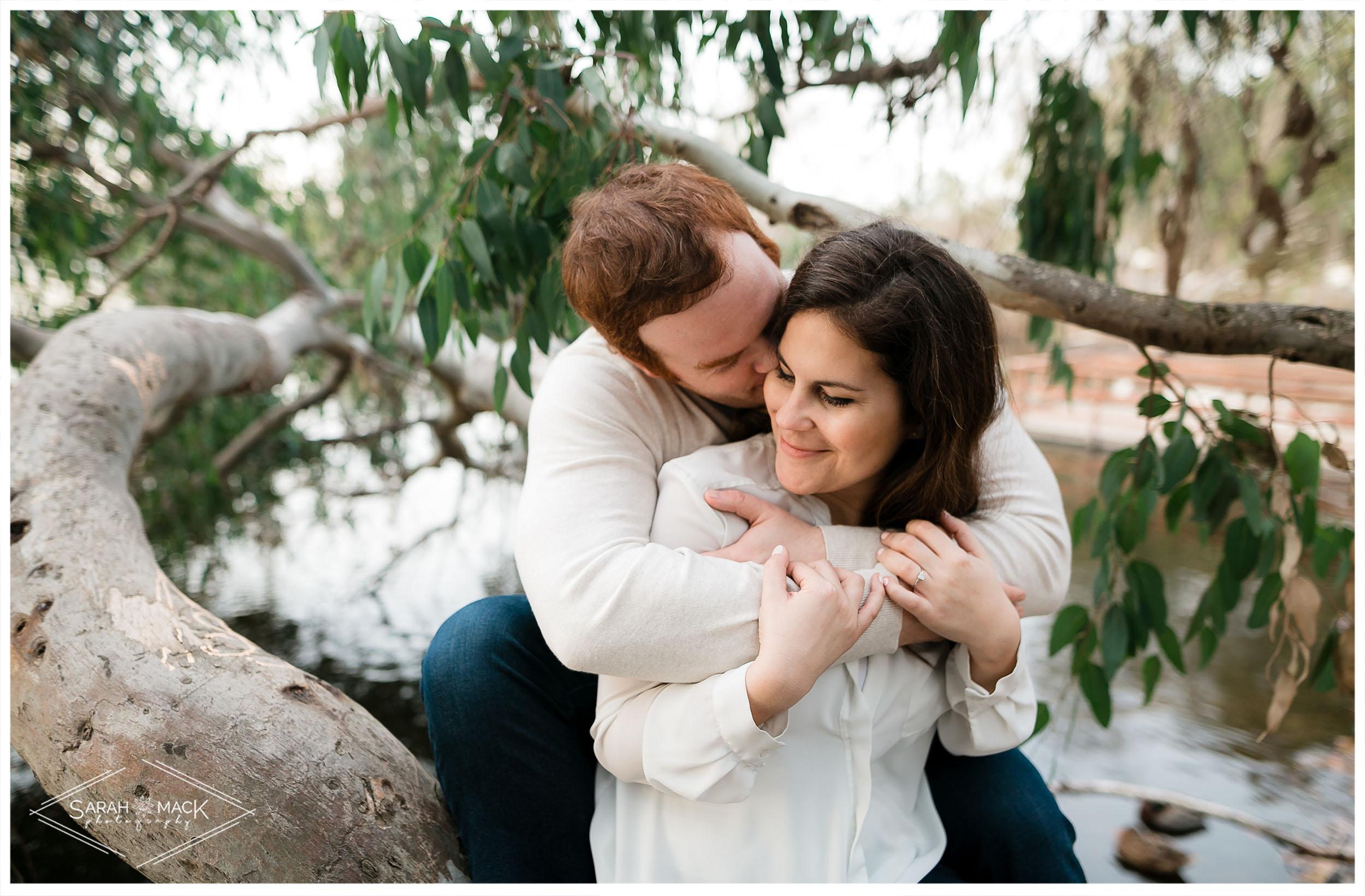 AM-Huntington-Beach-Central-Park-Engagement-Photography-10.jpg
