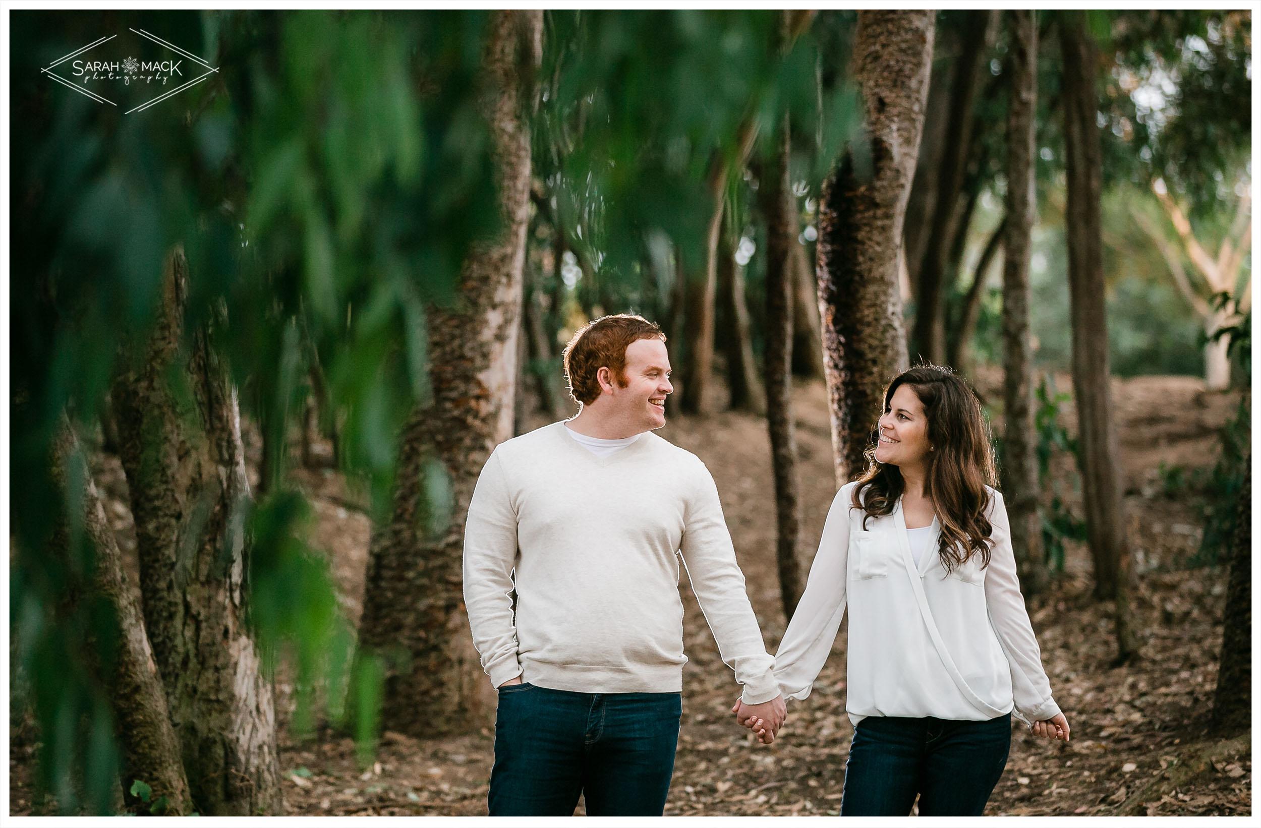 AM-Huntington-Beach-Central-Park-Engagement-Photography-13.jpg