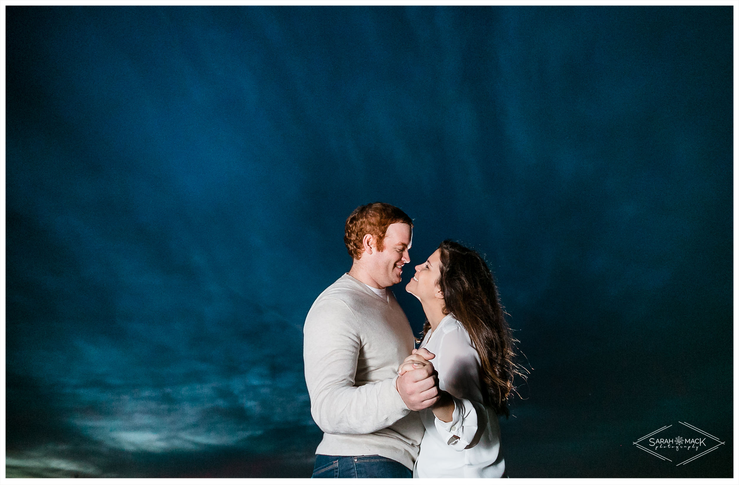 AM-Huntington-Beach-Central-Park-Engagement-Photography-19.jpg
