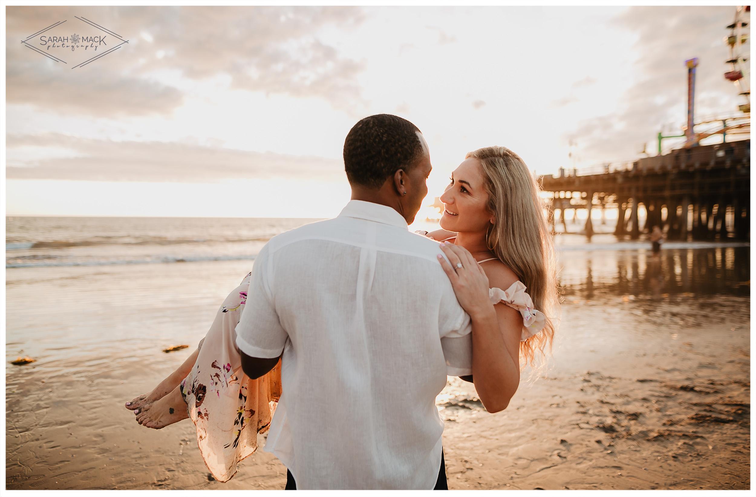 MK-Santa-Monica-Pier-Engagement-Photography-23.jpg