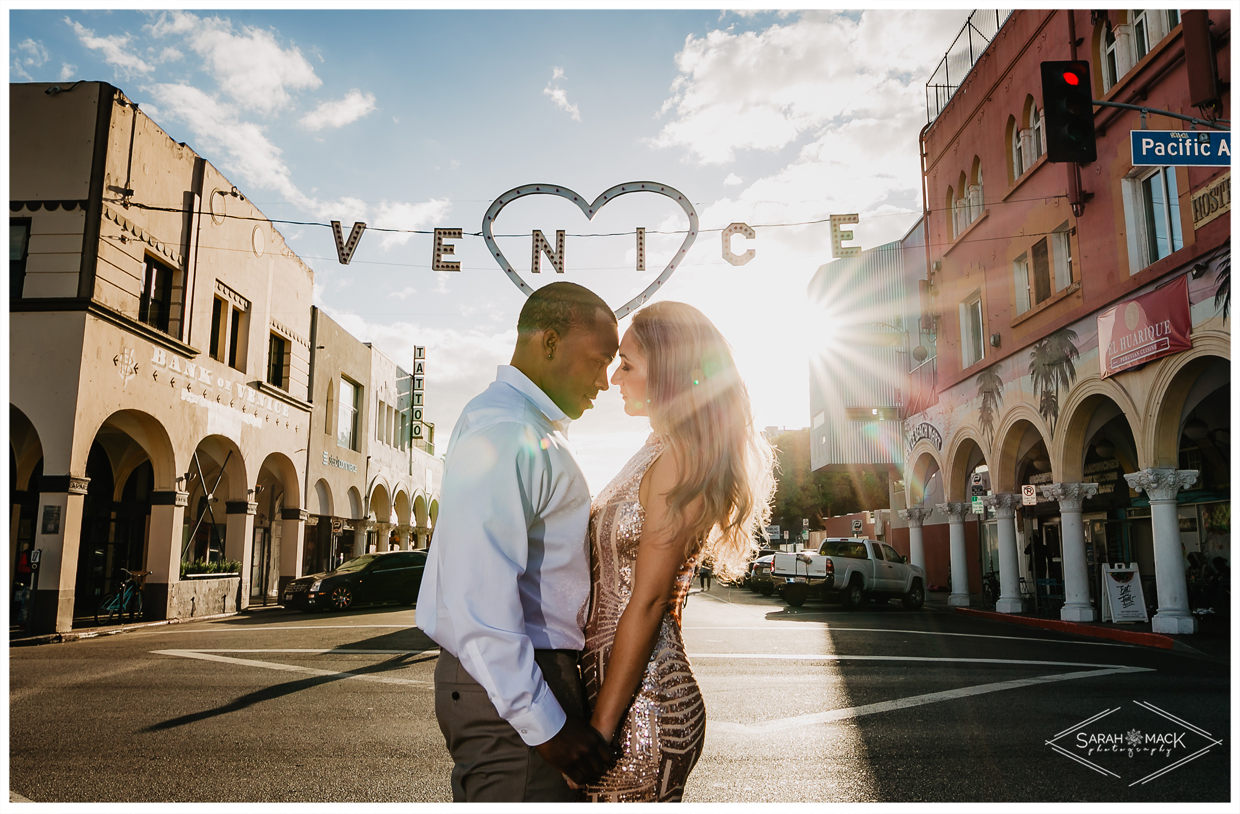 Venice-Sign-Engagement-Photography