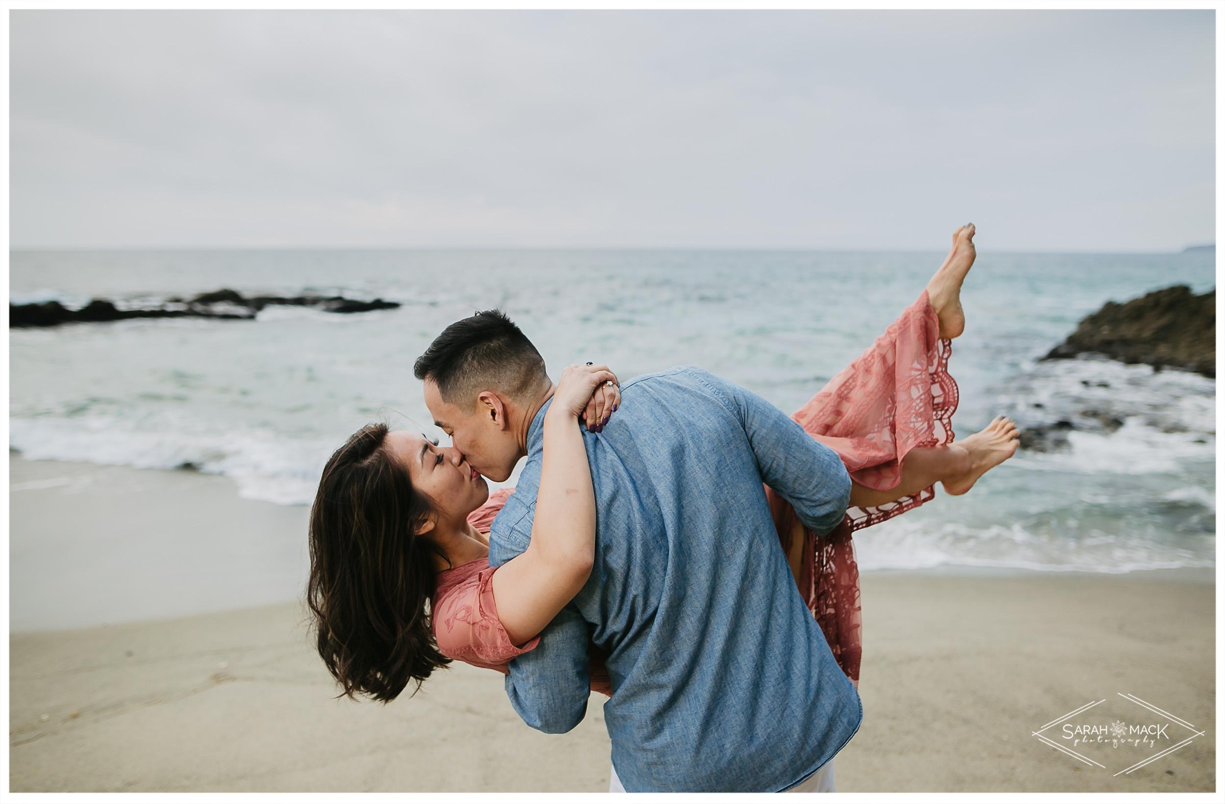 JJ-Victoria-Beach-Laguna-Beach-Engagement-27.jpg