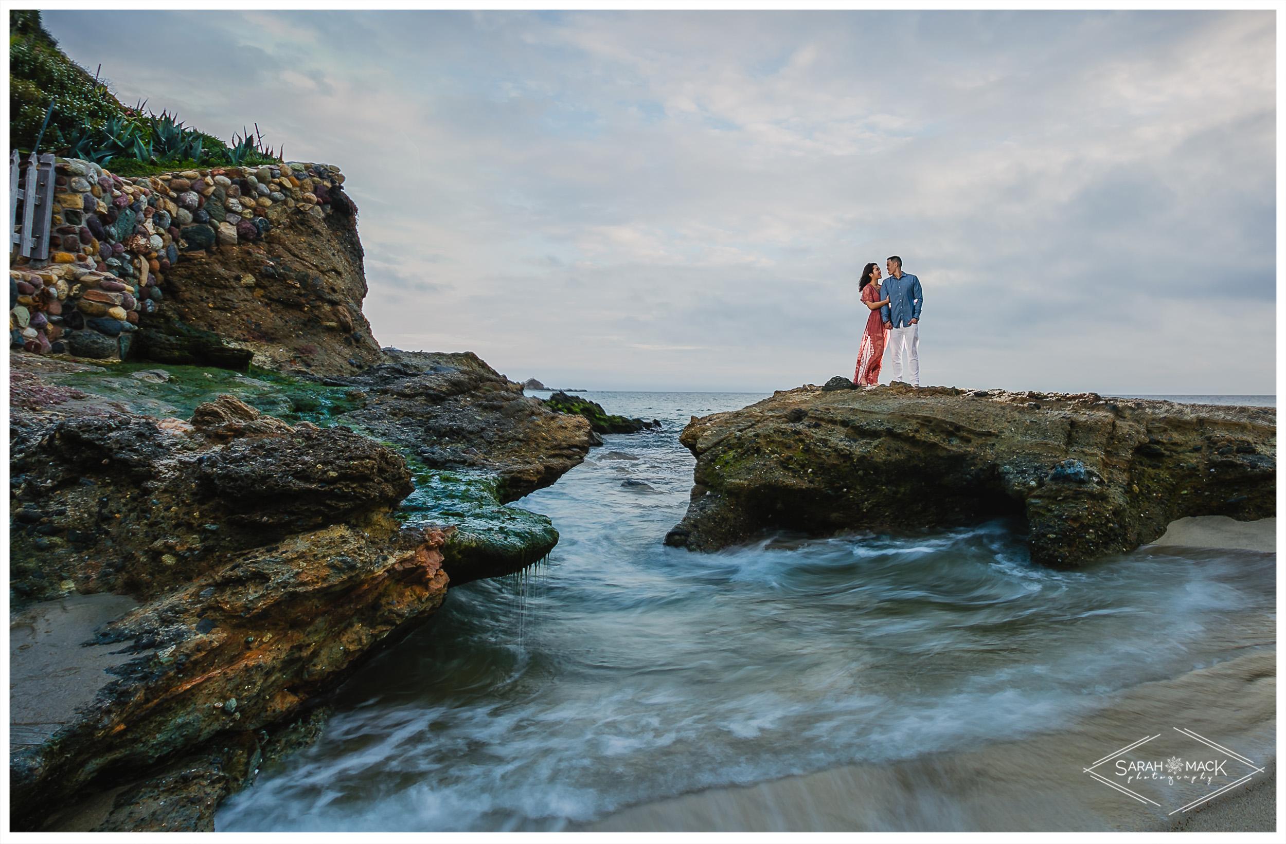 JJ-Victoria-Beach-Laguna-Beach-Engagement-25.jpg