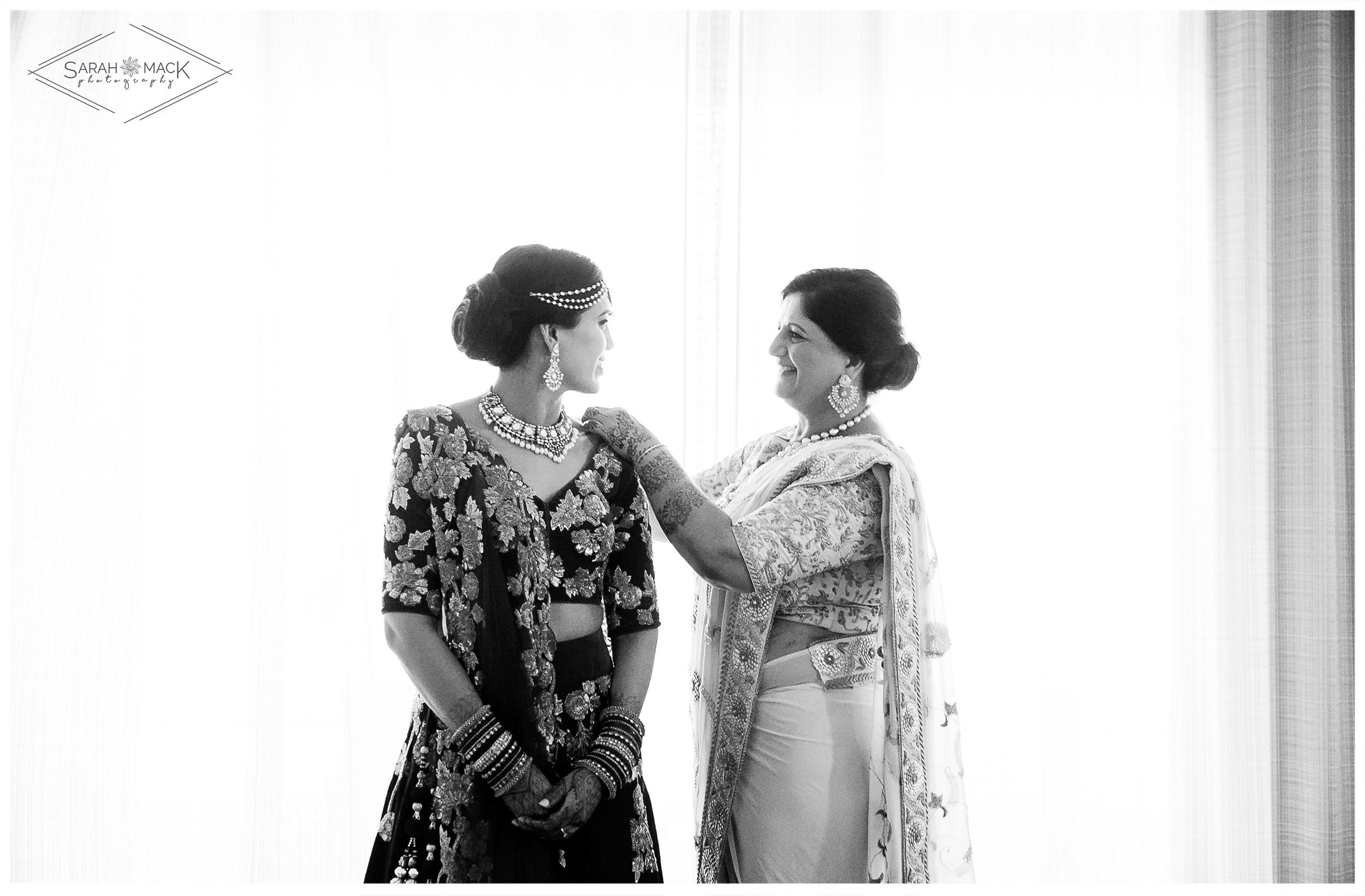 PR-Double-Tree-Hilton-Palm-Springs-Indian-Wedding-27.jpg