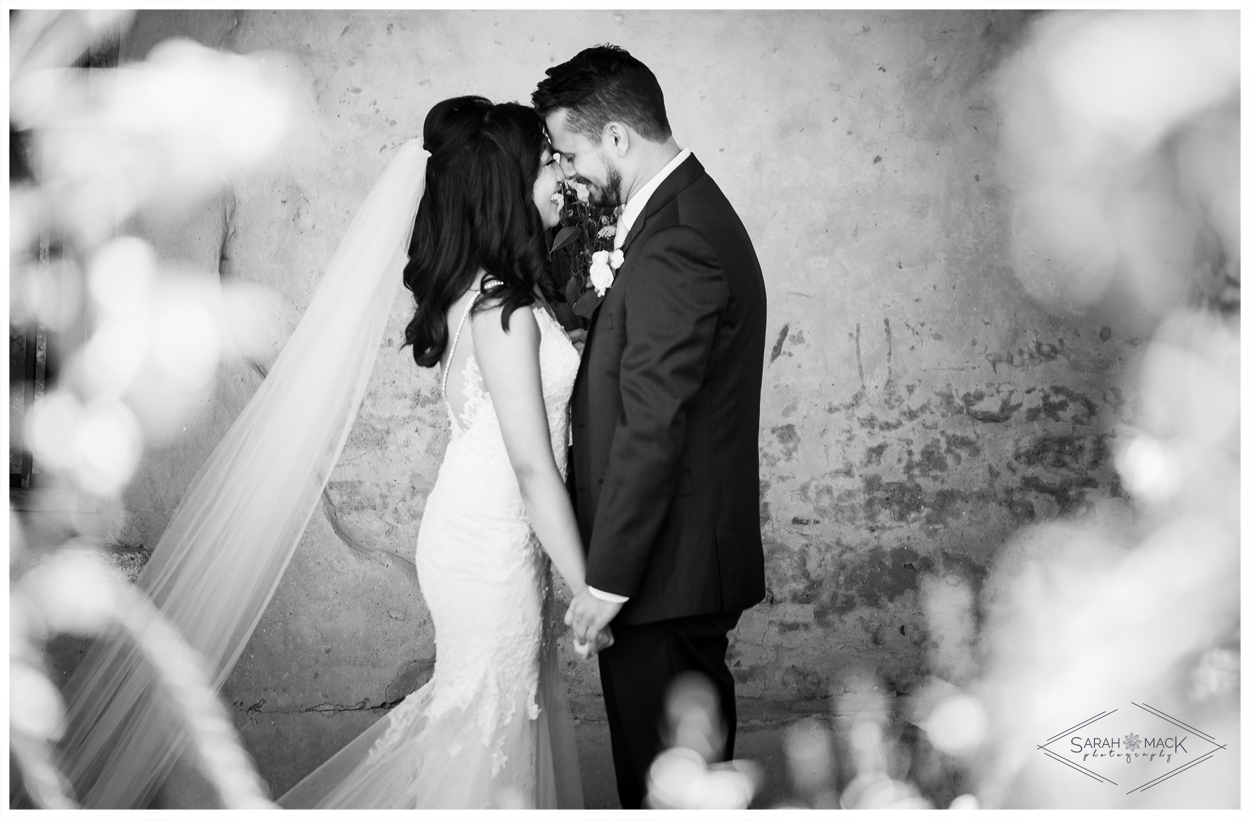 EC_Plaza-De-Magdalena-San-Juan-Capistrano-Wedding-Photography-23.jpg