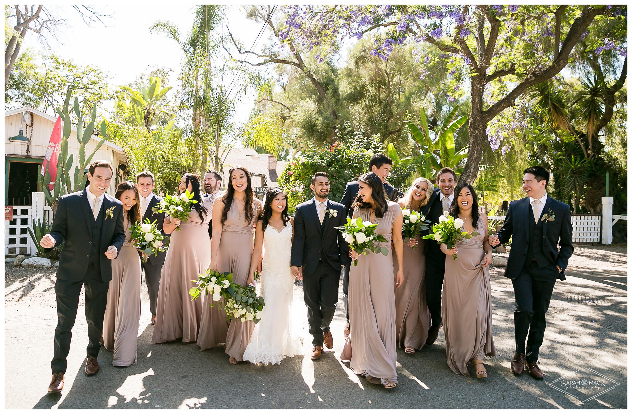 EC_Plaza-De-Magdalena-San-Juan-Capistrano-Wedding-Photography-34.jpg