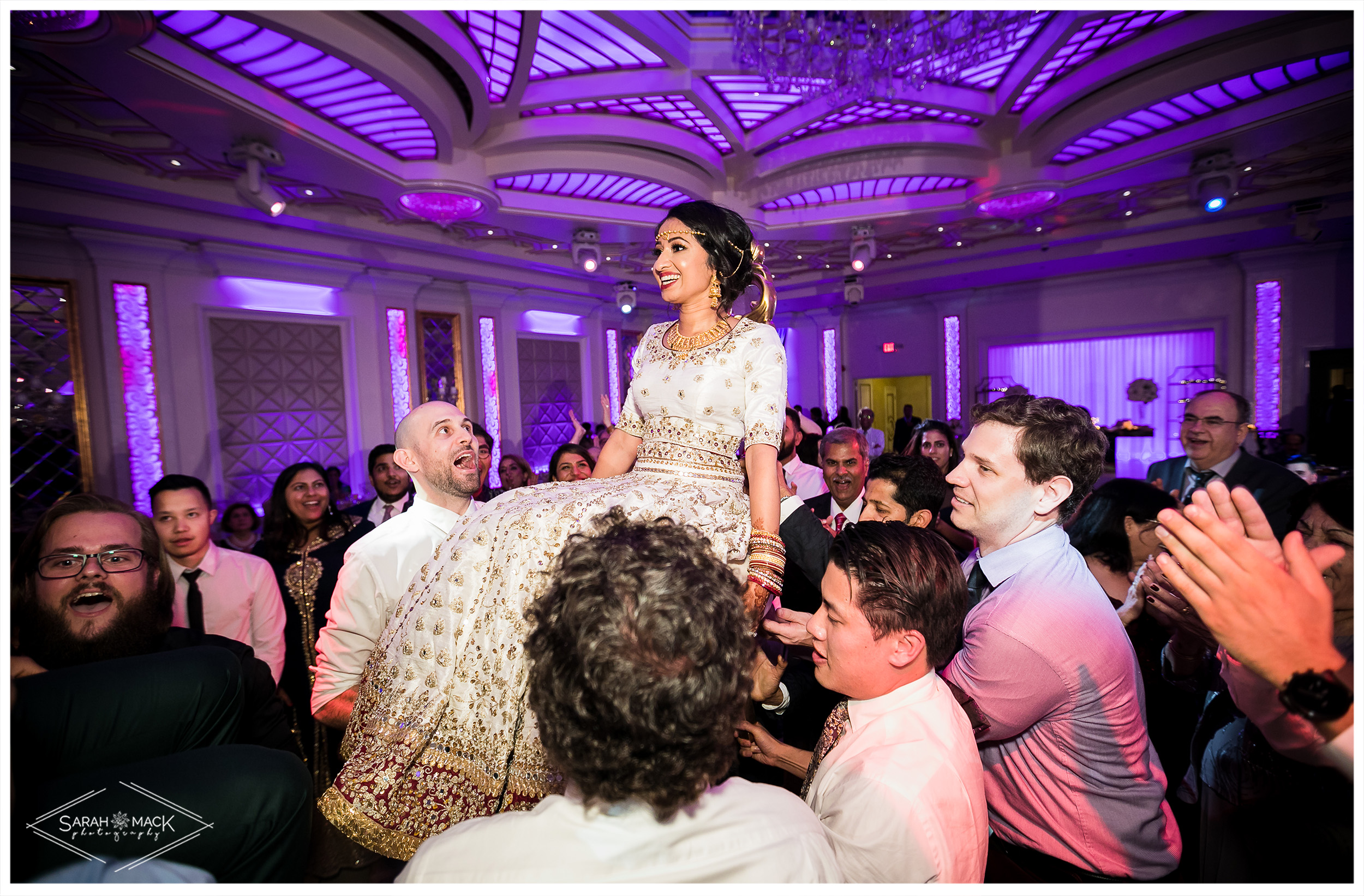 SE-Bella-Blanca-Event-Center-Burbank-Wedding-Photography-59.jpg