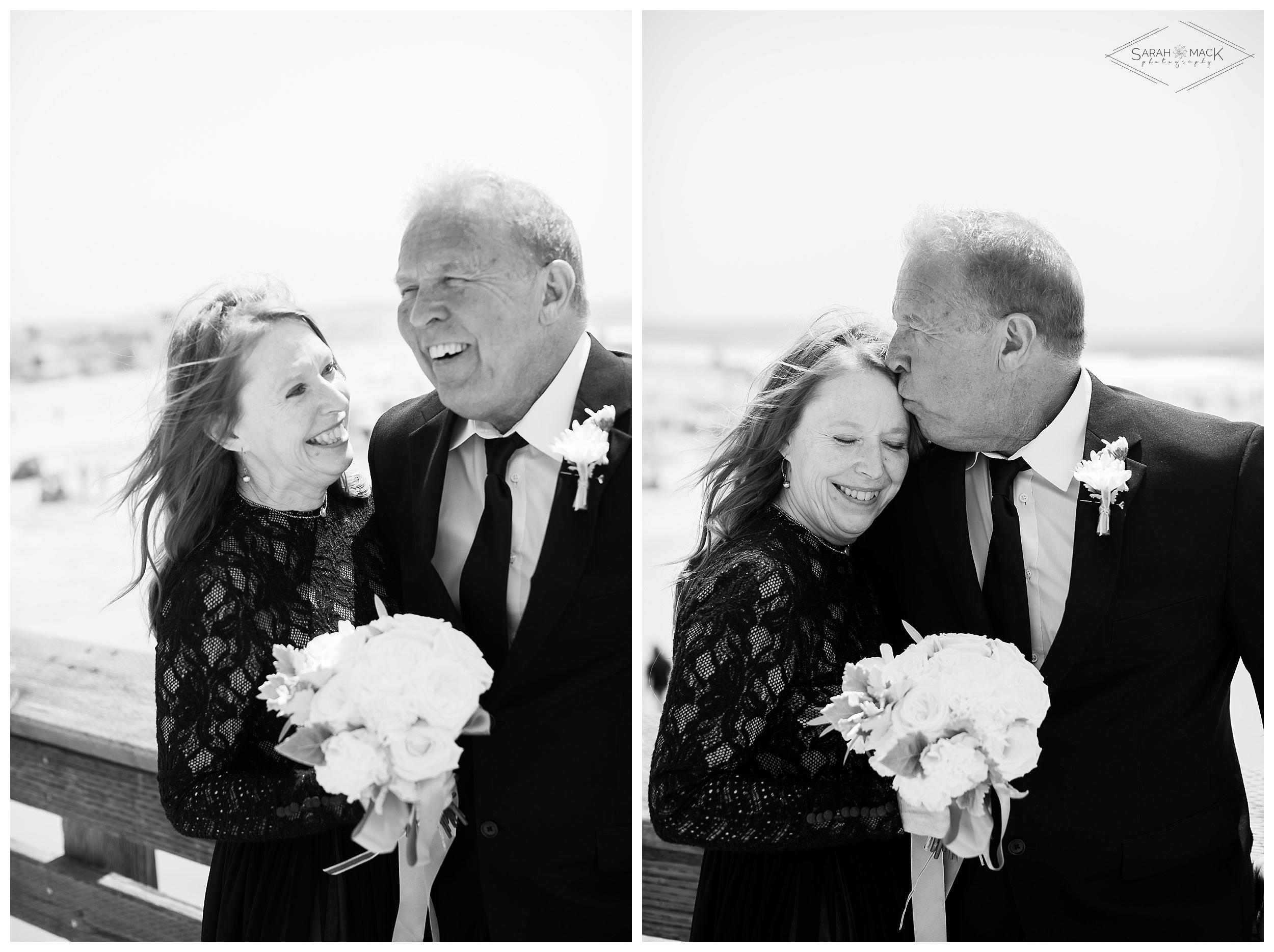 LM-Newport-Beach-Pier-Intimate-Wedding-Photography 138-2.jpg