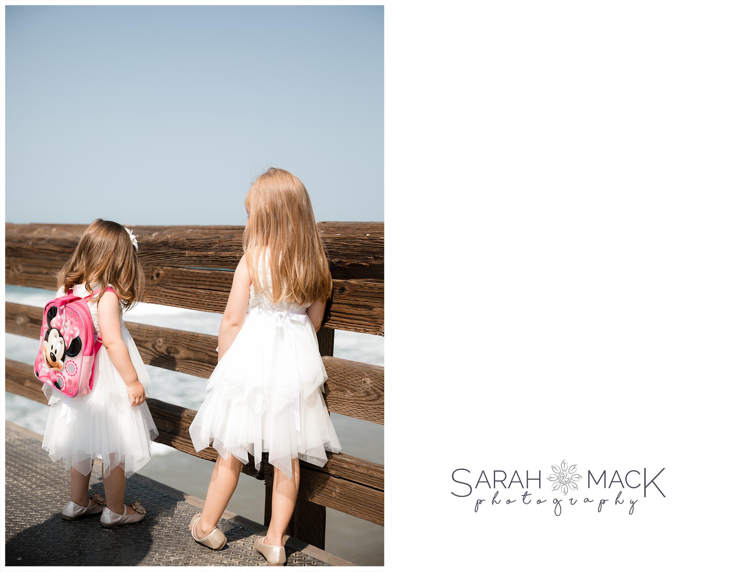 LM-Newport-Beach-Pier-Intimate-Wedding-Photography-156-32.jpg