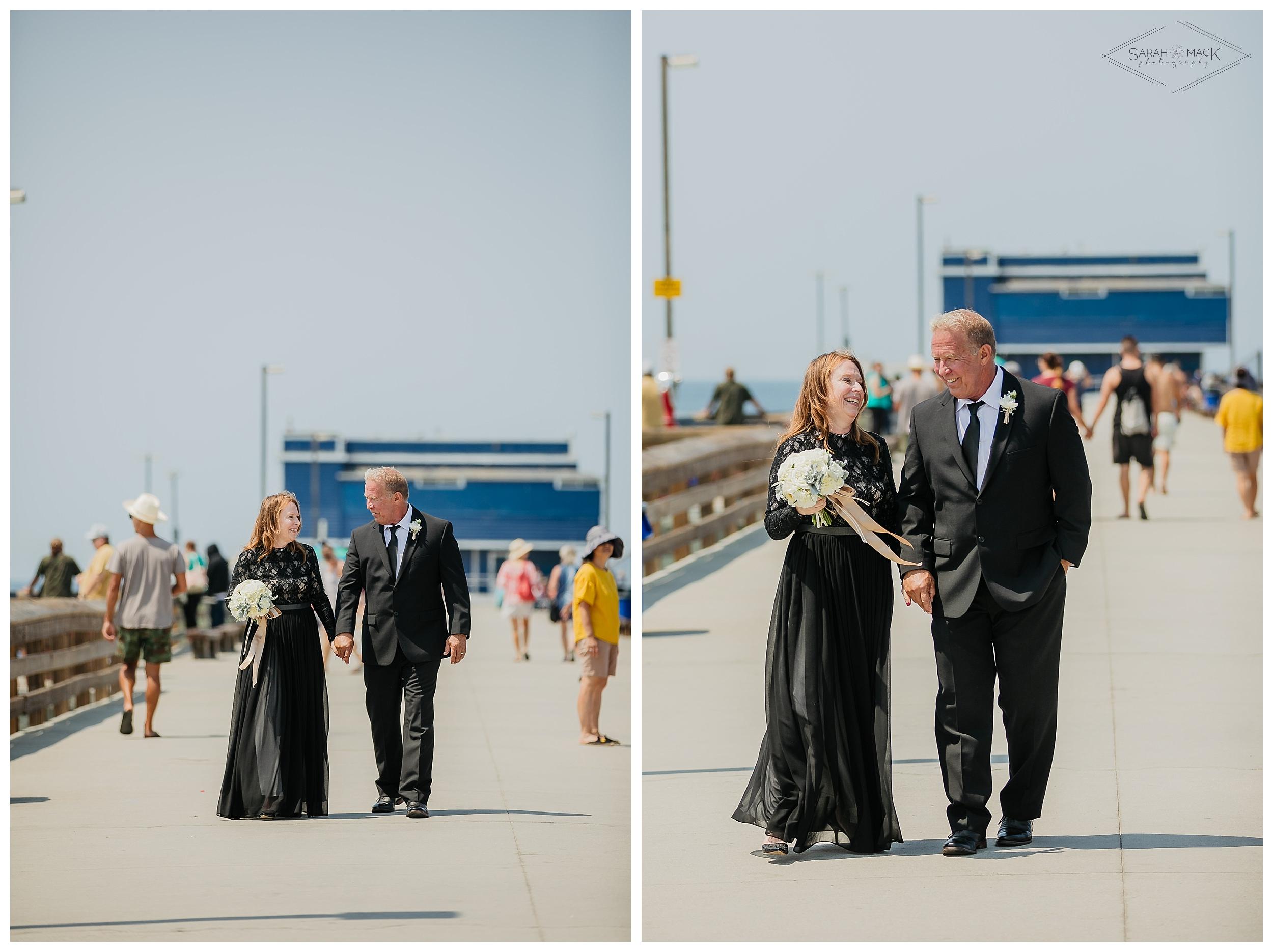 LM-Newport-Beach-Pier-Intimate-Wedding-Photography 151.jpg