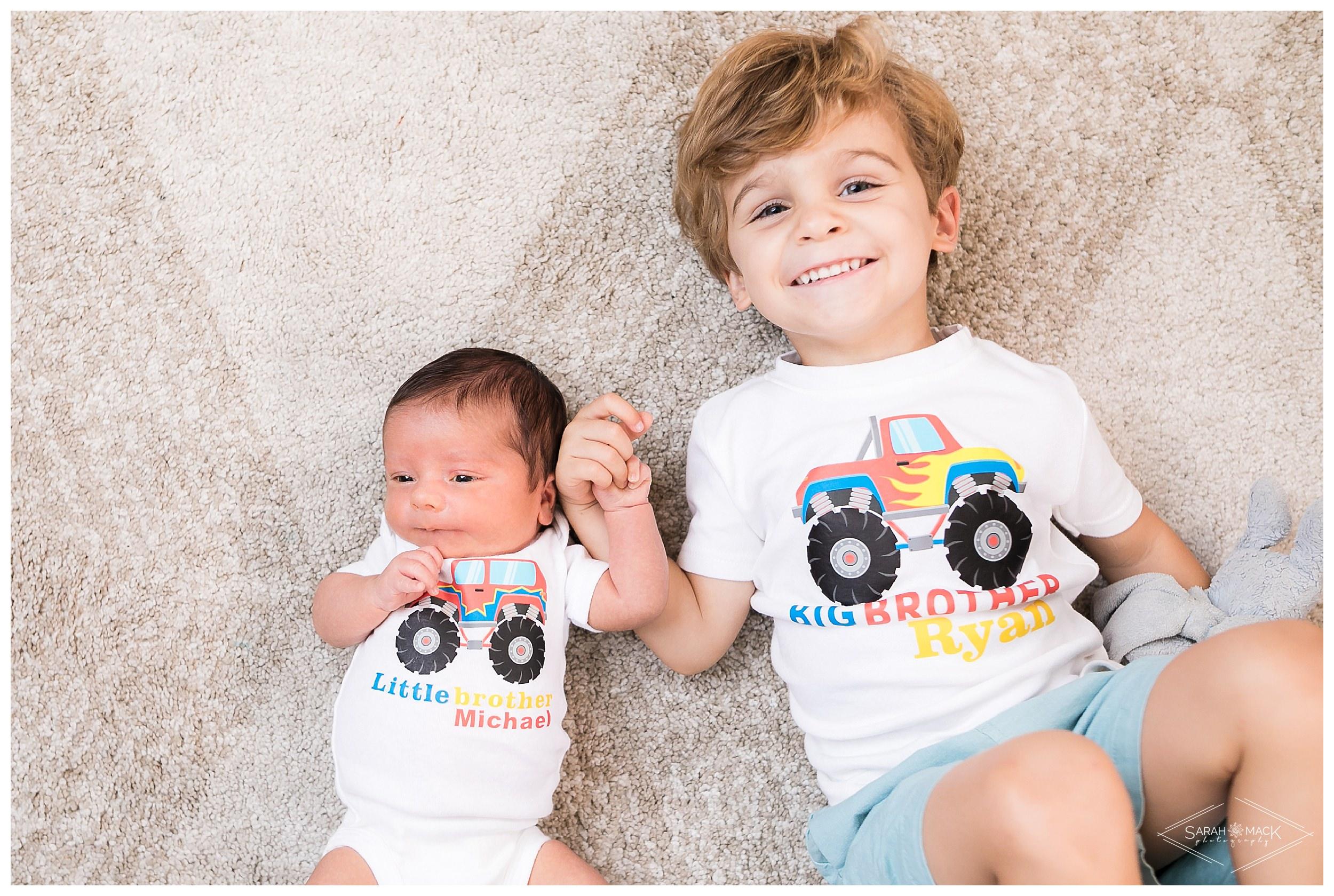 Smalls-Orange-Country-Newborn-Photography 35.jpg