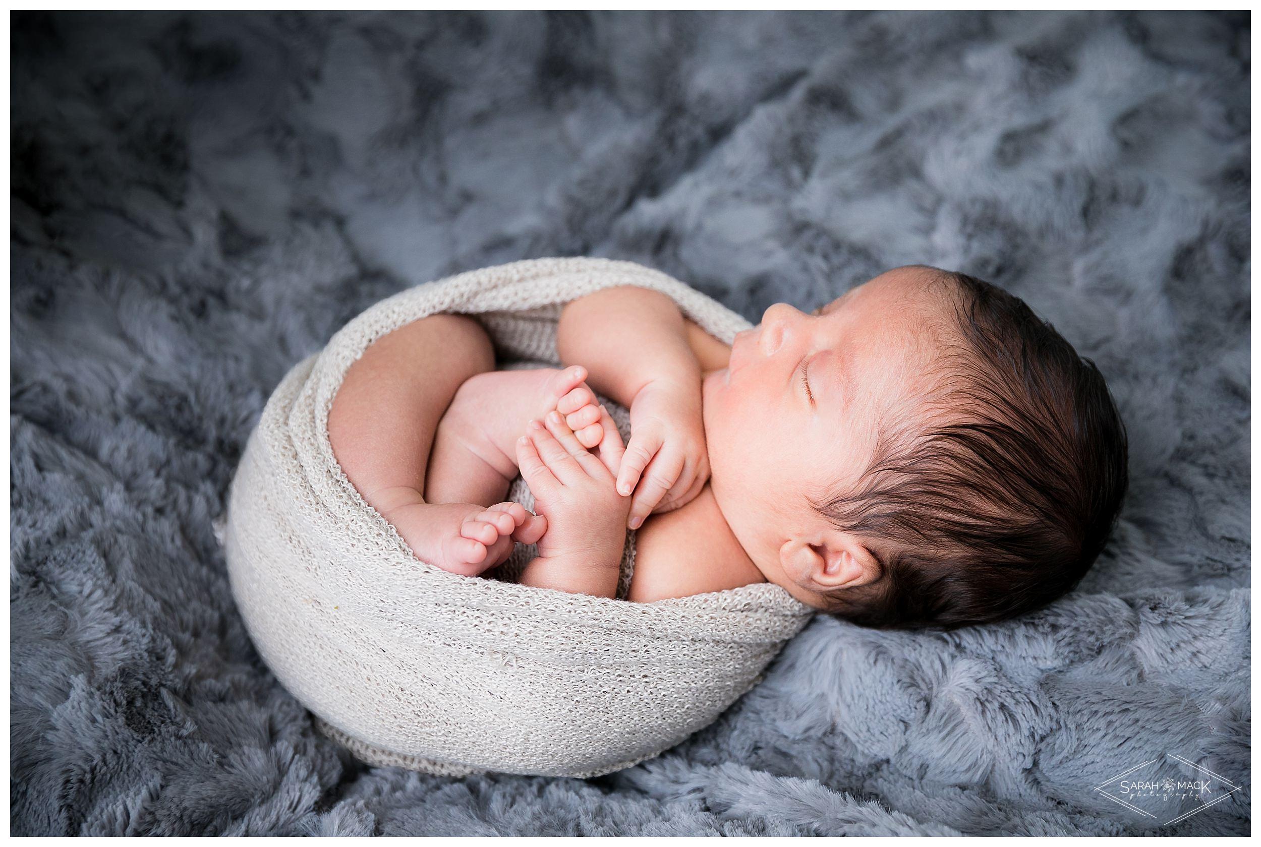 Smalls-Orange-Country-Newborn-Photography 44.jpg
